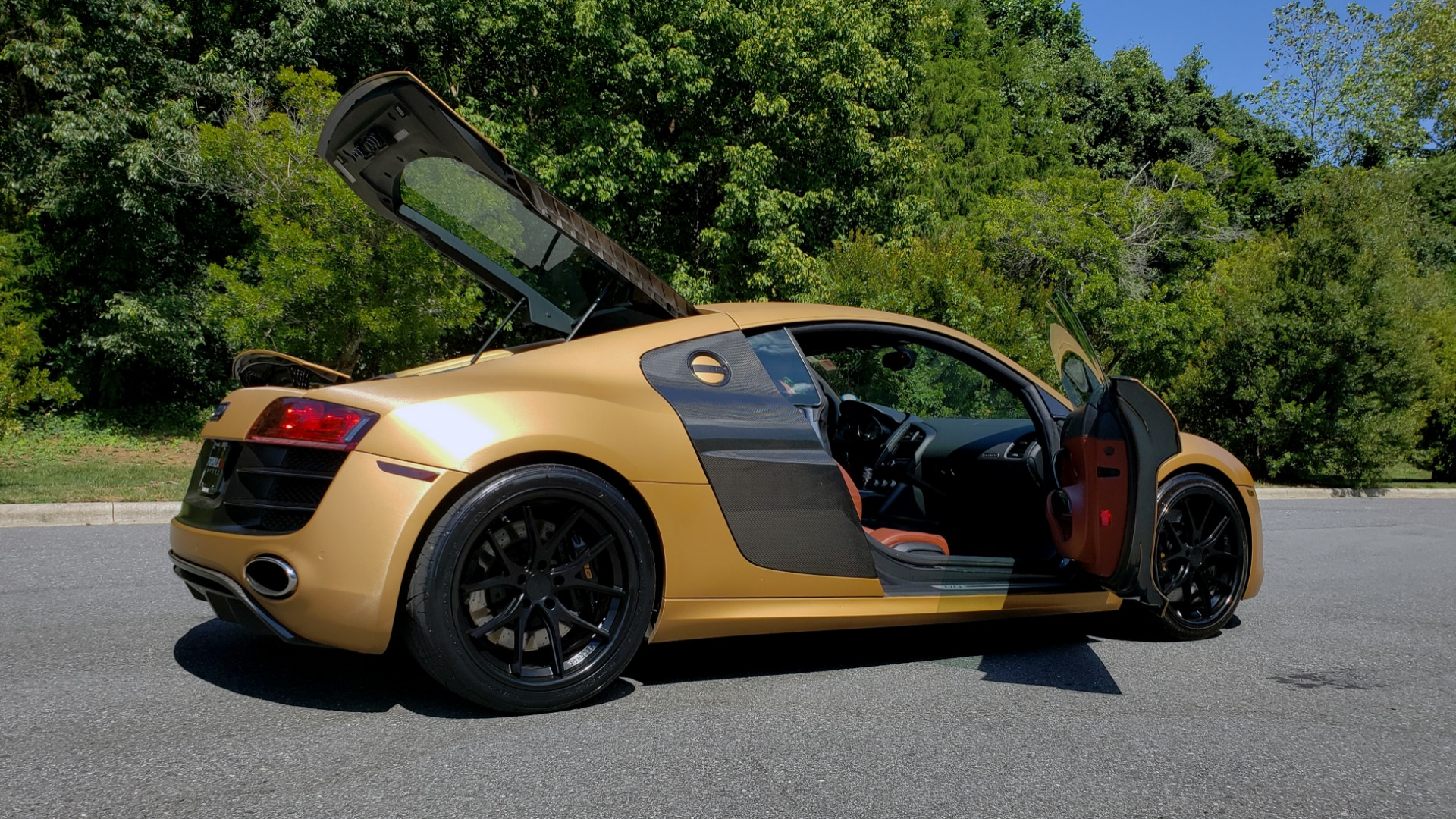 Used 2012 Audi R8 V10 5.2L / CUST WRAP BRUSHED BRONZE / NAV / B&O SOUND / CUST 19IN WHLS for sale $79,999 at Formula Imports in Charlotte NC 28227 12