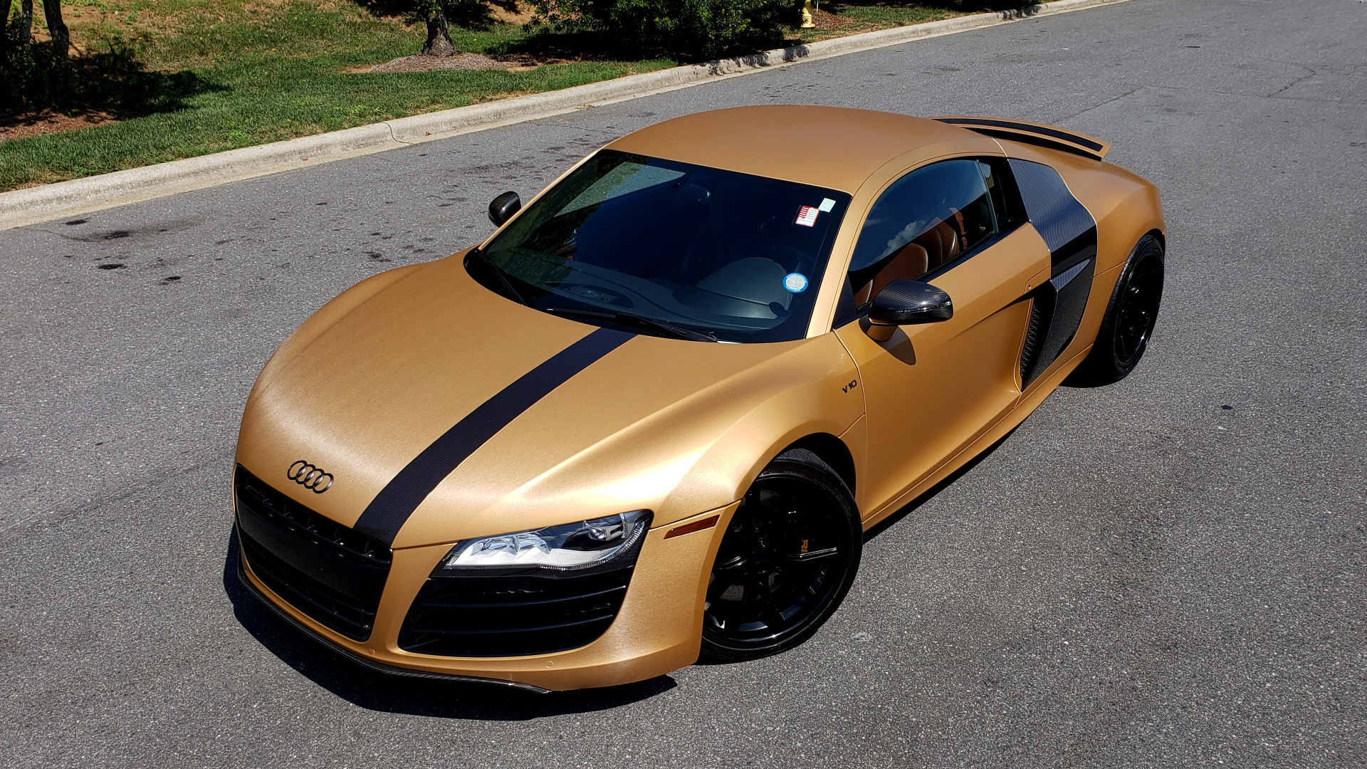 Used 2012 Audi R8 V10 5.2L / CUST WRAP BRUSHED BRONZE / NAV / B&O SOUND / CUST 19IN WHLS for sale $79,999 at Formula Imports in Charlotte NC 28227 2