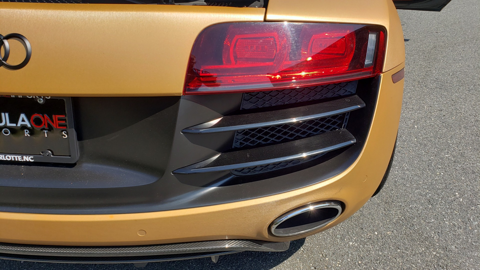 Used 2012 Audi R8 V10 5.2L / CUST WRAP BRUSHED BRONZE / NAV / B&O SOUND / CUST 19IN WHLS for sale $79,999 at Formula Imports in Charlotte NC 28227 22