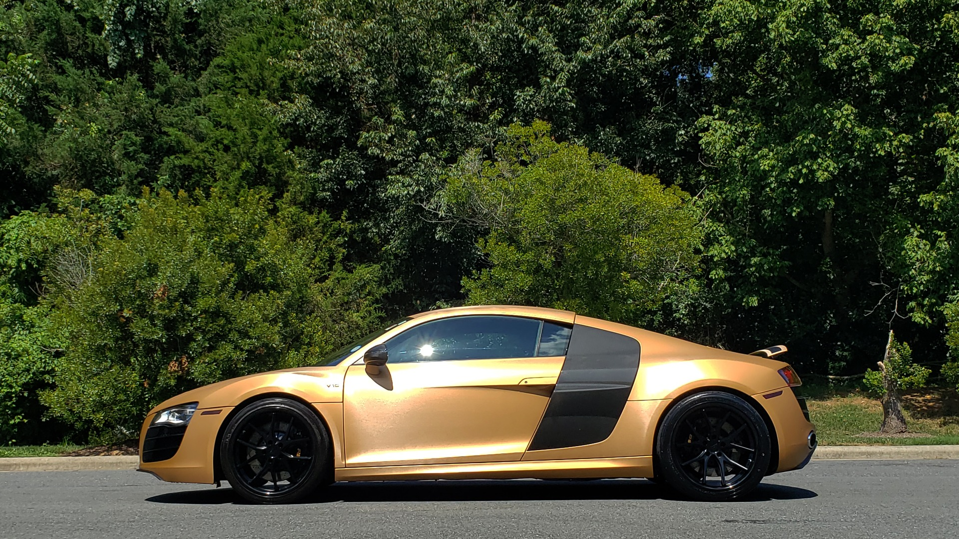 Used 2012 Audi R8 V10 5.2L / CUST WRAP BRUSHED BRONZE / NAV / B&O SOUND / CUST 19IN WHLS for sale $79,999 at Formula Imports in Charlotte NC 28227 4