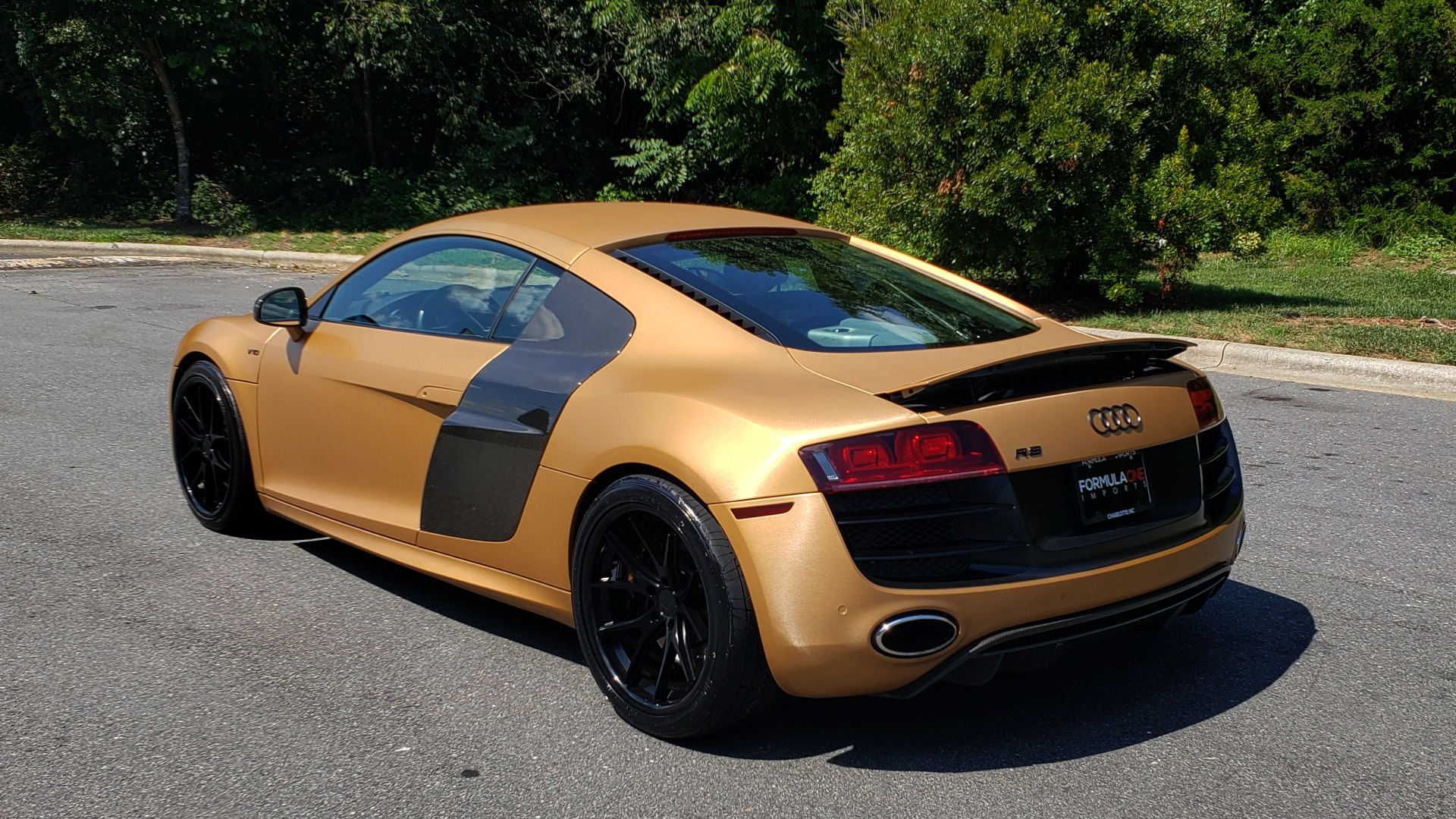 Used 2012 Audi R8 V10 5.2L / CUST WRAP BRUSHED BRONZE / NAV / B&O SOUND / CUST 19IN WHLS for sale $79,999 at Formula Imports in Charlotte NC 28227 5