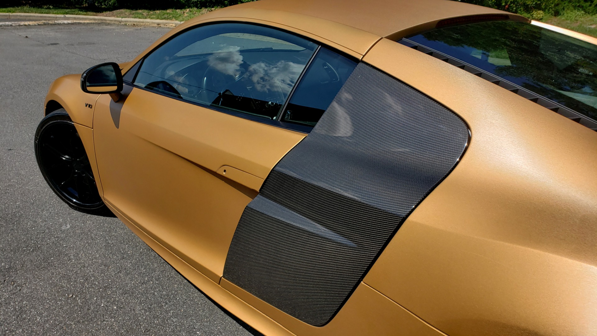 Used 2012 Audi R8 V10 5.2L / CUST WRAP BRUSHED BRONZE / NAV / B&O SOUND / CUST 19IN WHLS for sale $79,999 at Formula Imports in Charlotte NC 28227 6