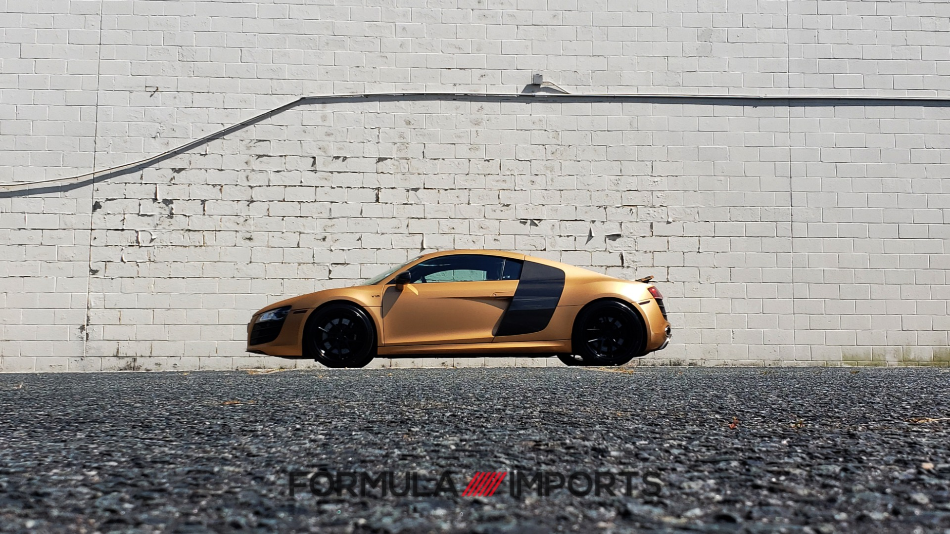 Used 2012 Audi R8 V10 5.2L / CUST WRAP BRUSHED BRONZE / NAV / B&O SOUND / CUST 19IN WHLS for sale $79,999 at Formula Imports in Charlotte NC 28227 74
