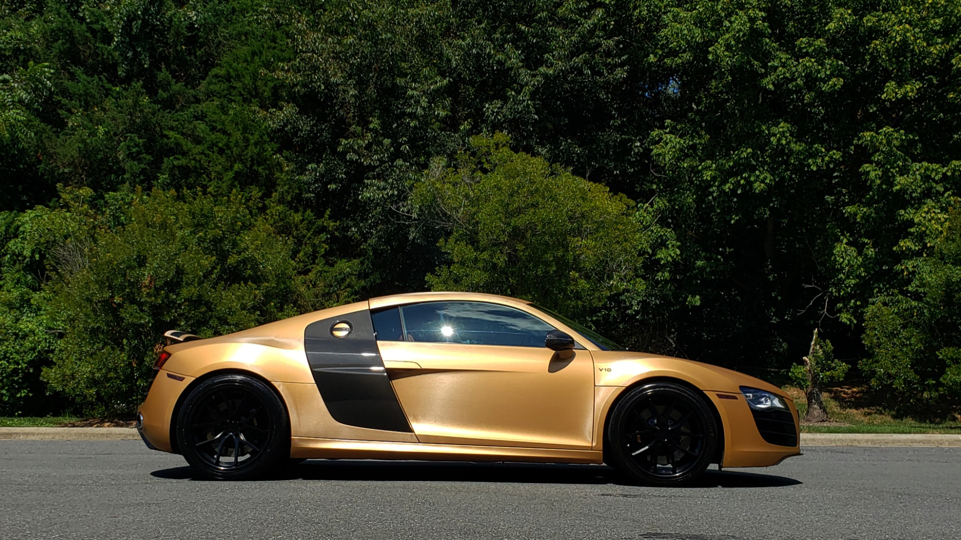 Used 2012 Audi R8 V10 5.2L / CUST WRAP BRUSHED BRONZE / NAV / B&O SOUND / CUST 19IN WHLS for sale $79,999 at Formula Imports in Charlotte NC 28227 9