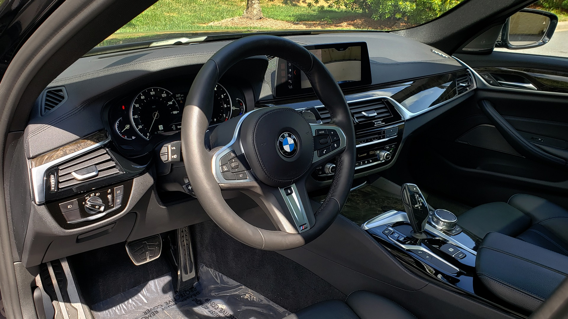 Used 2017 BMW 5 SERIES 540I XDRIVE PREMIUM / NAV / DRVR ASST PLUS / CLD WTHR / SUNROOF / REARVIEW for sale Sold at Formula Imports in Charlotte NC 28227 30