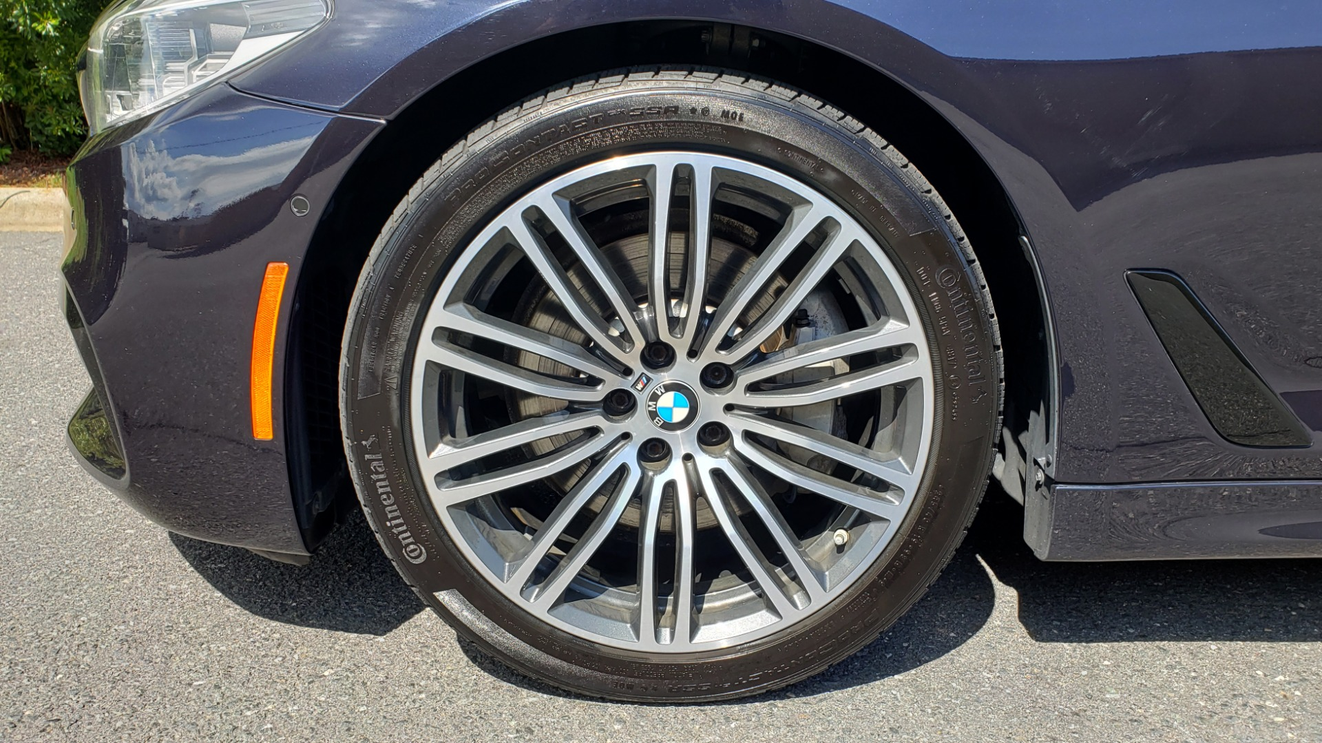 Used 2017 BMW 5 SERIES 540I XDRIVE M-SPORT / PREMIUM / NAV / HUD / SUNROOF / REARVIEW for sale $34,995 at Formula Imports in Charlotte NC 28227 77
