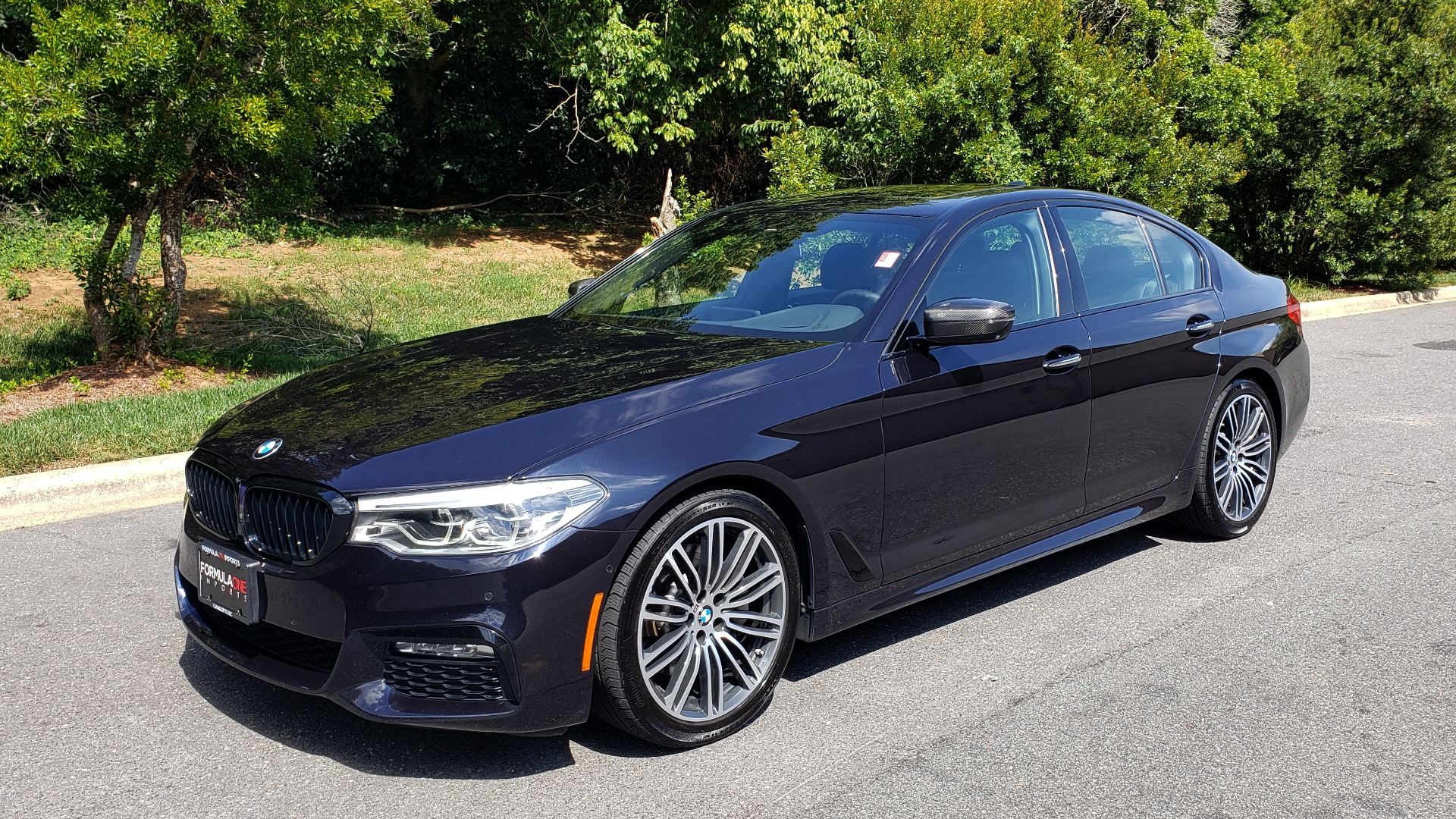 Used 2017 BMW 5 SERIES 540I XDRIVE M-SPORT / PREMIUM / NAV / HUD / SUNROOF / REARVIEW for sale $34,995 at Formula Imports in Charlotte NC 28227 1