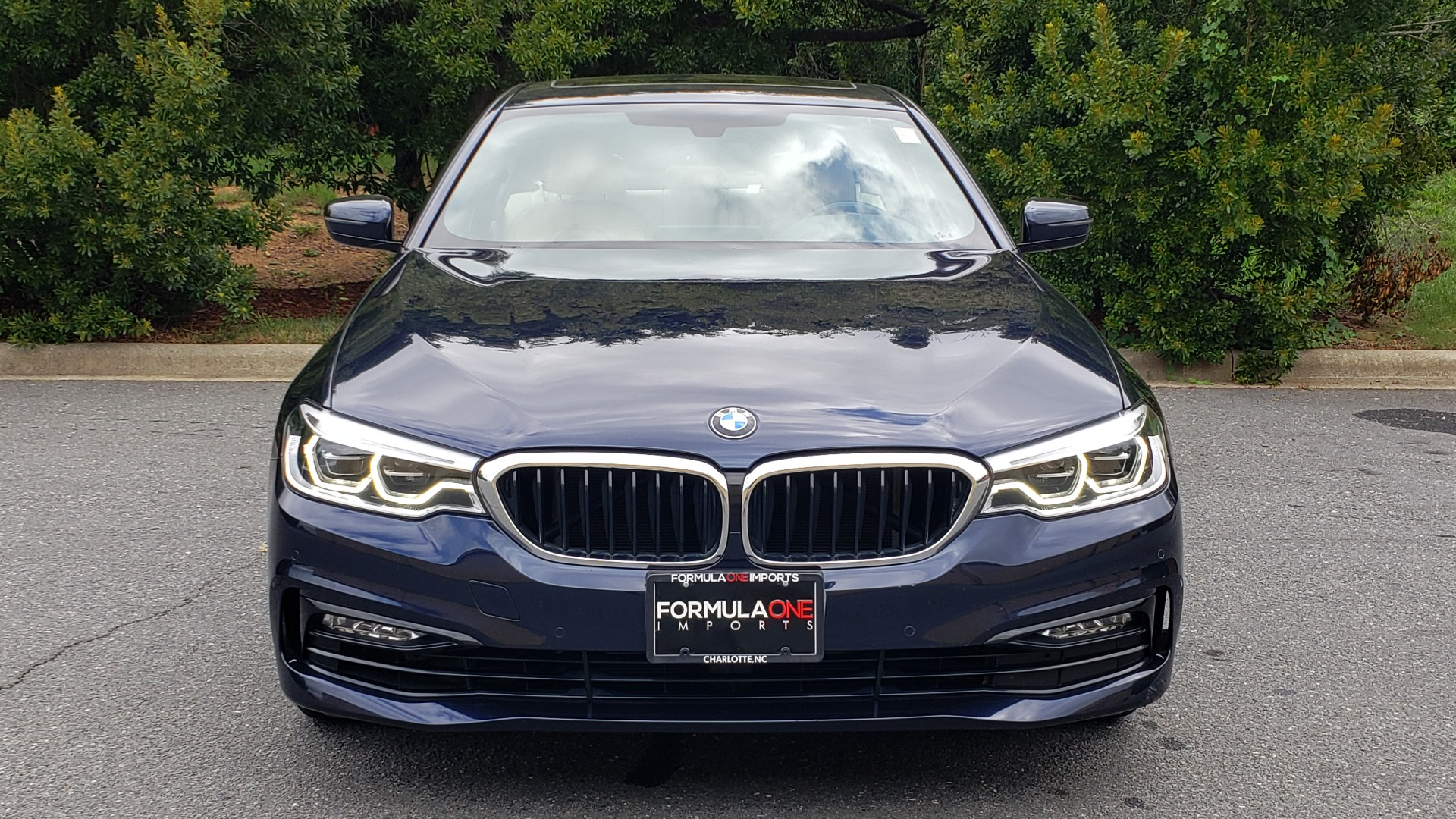 Used 2017 BMW 5 SERIES 540I XDRIVE PREMIUM / NAV / DRVR ASST / CLD WTHR / SUNROOF / REARVIEW for sale Sold at Formula Imports in Charlotte NC 28227 16
