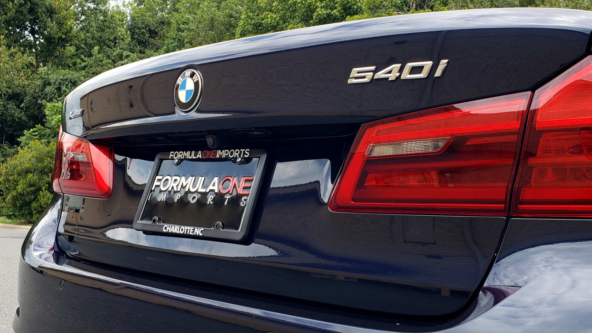Used 2017 BMW 5 SERIES 540I XDRIVE PREMIUM / NAV / DRVR ASST / CLD WTHR / SUNROOF / REARVIEW for sale Sold at Formula Imports in Charlotte NC 28227 26