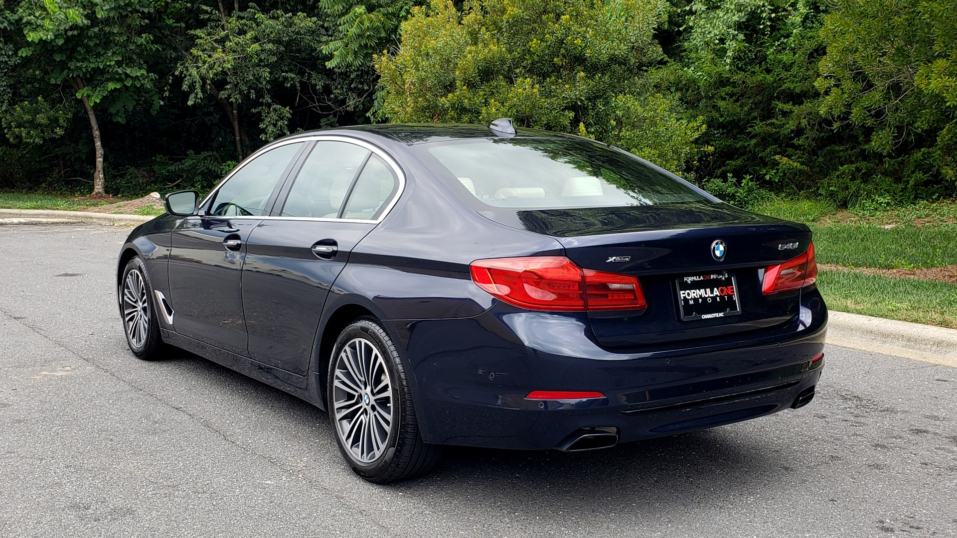 Used 2017 BMW 5 SERIES 540I XDRIVE PREMIUM / NAV / DRVR ASST / CLD WTHR / SUNROOF / REARVIEW for sale Sold at Formula Imports in Charlotte NC 28227 3