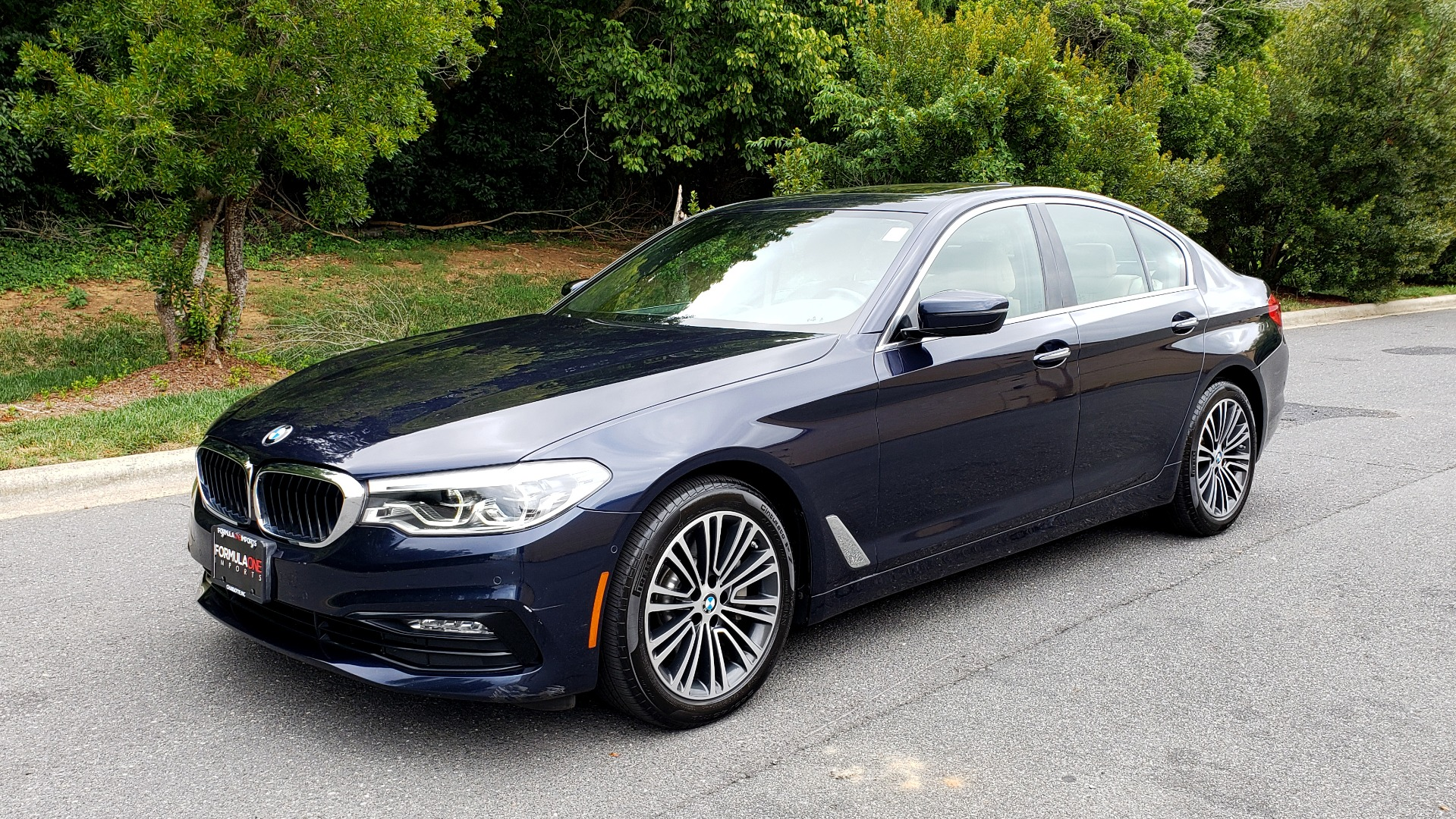 Used 2017 BMW 5 SERIES 540I XDRIVE PREMIUM / NAV / DRVR ASST / CLD WTHR / SUNROOF / REARVIEW for sale Sold at Formula Imports in Charlotte NC 28227 1
