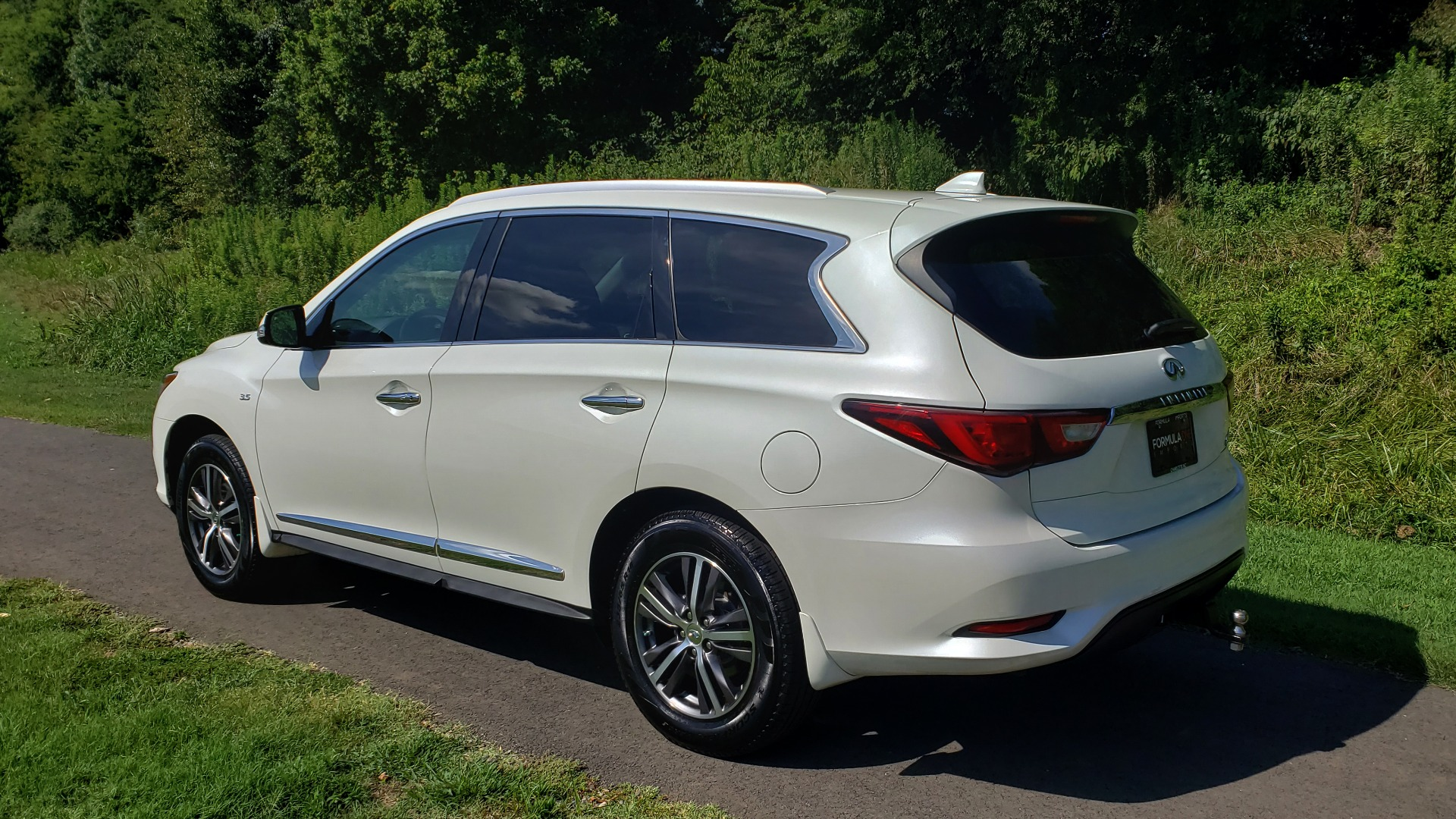 Used 2016 Infiniti QX60 AWD / 3.5L V6 / SUNROOF / HTD STS / 3-ROW / TOWING / REARVIEW for sale Sold at Formula Imports in Charlotte NC 28227 5