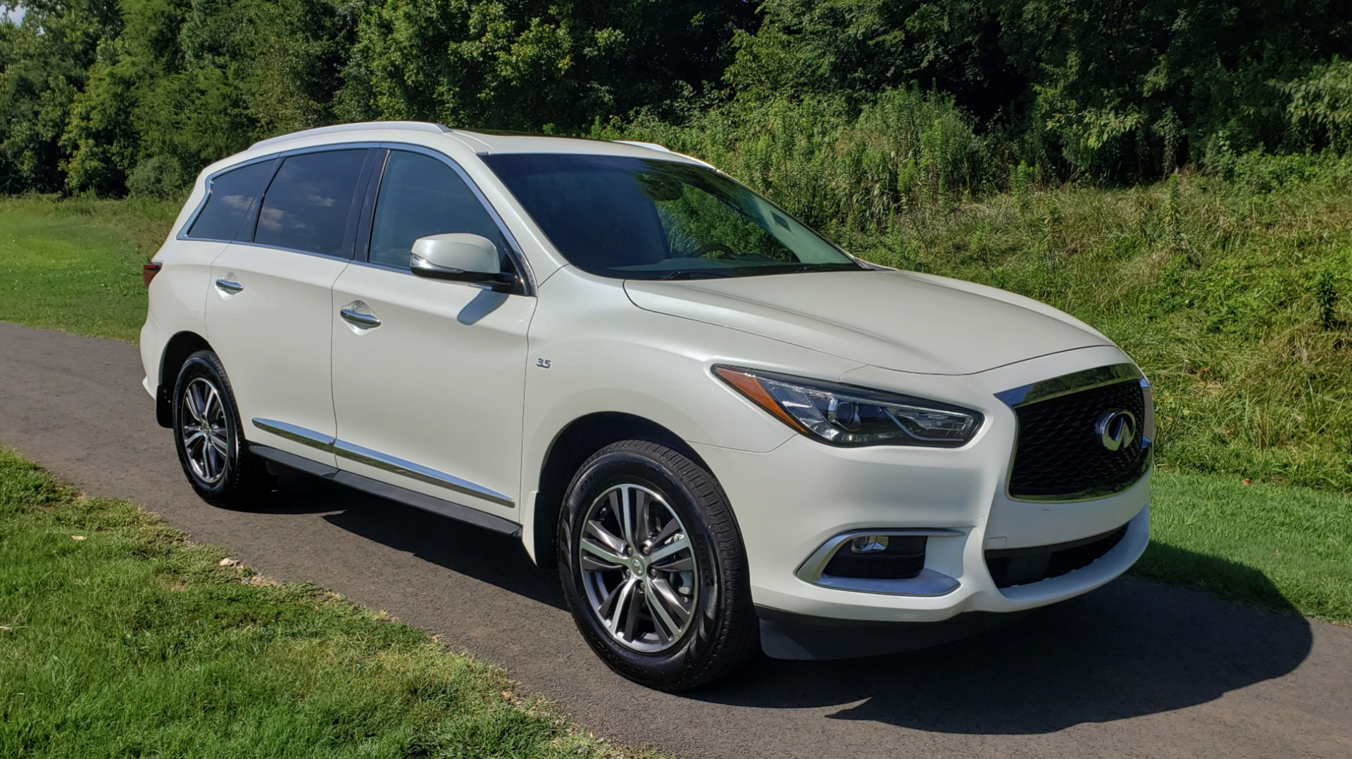 Used 2016 Infiniti QX60 AWD / 3.5L V6 / SUNROOF / HTD STS / 3-ROW / TOWING / REARVIEW for sale Sold at Formula Imports in Charlotte NC 28227 6