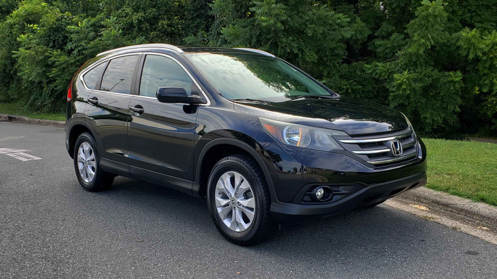 Used 2012 Honda CR-V EX-L / AWD / 5DR / SUNROOF / HEATED SEATS / REARVIEW for sale Sold at Formula Imports in Charlotte NC 28227 4