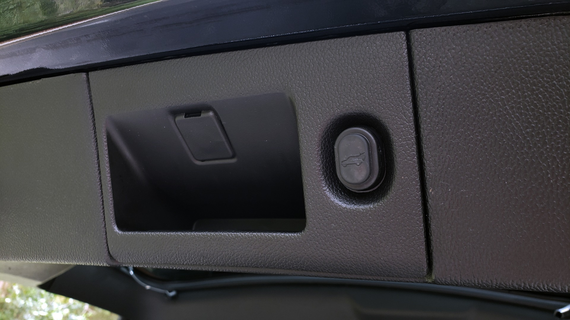 Used 2017 GMC YUKON XL DENALI 4WD / NAV / SUNROOF / ENT / 3-ROWS / BOSE / REARVIEW for sale Sold at Formula Imports in Charlotte NC 28227 20