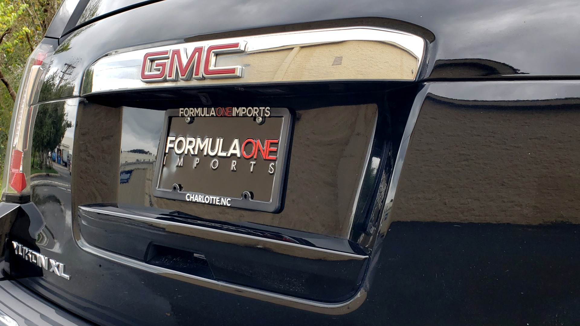 Used 2017 GMC YUKON XL DENALI 4WD / NAV / SUNROOF / ENT / 3-ROWS / BOSE / REARVIEW for sale Sold at Formula Imports in Charlotte NC 28227 31