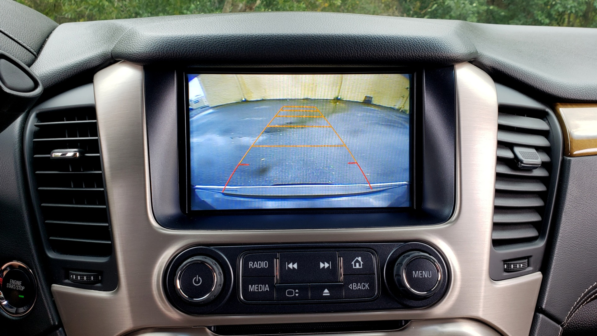 Used 2017 GMC YUKON XL DENALI 4WD / NAV / SUNROOF / ENT / 3-ROWS / BOSE / REARVIEW for sale Sold at Formula Imports in Charlotte NC 28227 51