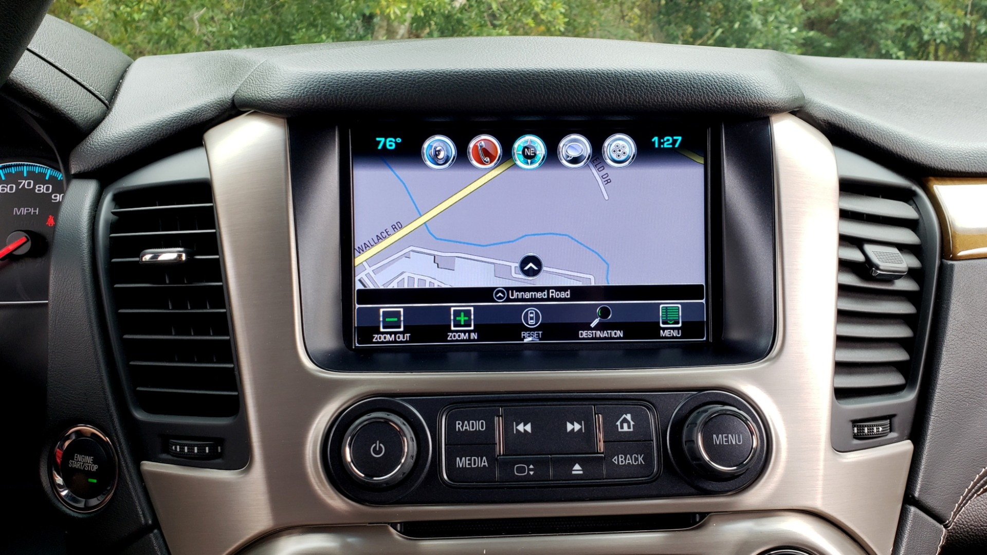 Used 2017 GMC YUKON XL DENALI 4WD / NAV / SUNROOF / ENT / 3-ROWS / BOSE / REARVIEW for sale Sold at Formula Imports in Charlotte NC 28227 53