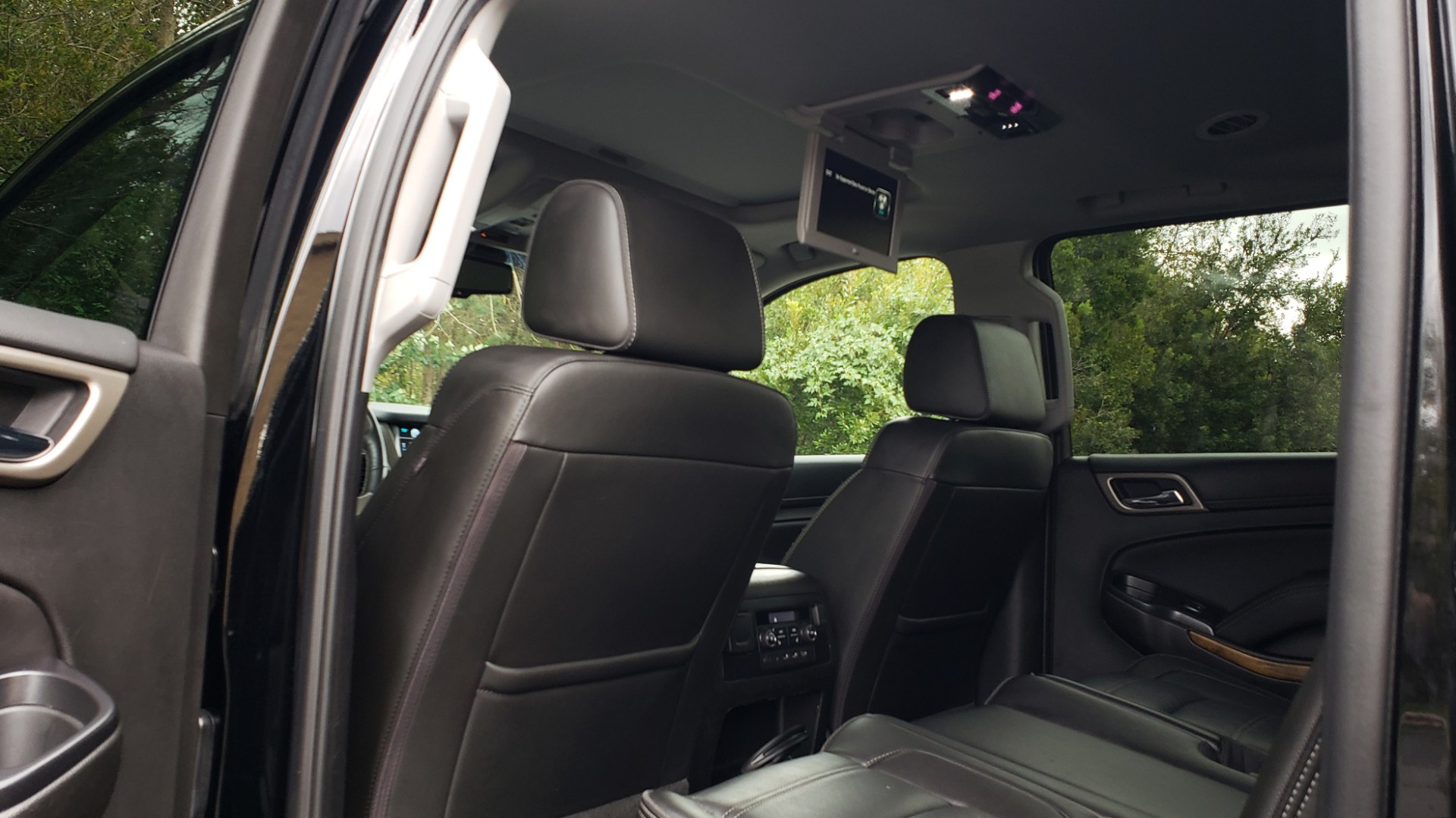 Used 2017 GMC YUKON XL DENALI 4WD / NAV / SUNROOF / ENT / 3-ROWS / BOSE / REARVIEW for sale Sold at Formula Imports in Charlotte NC 28227 67