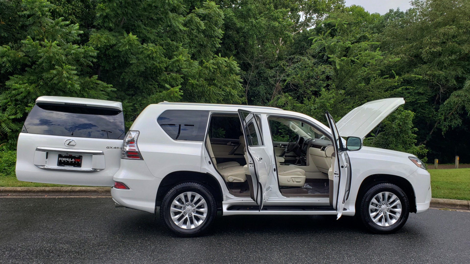 Used 2019 Lexus GX GX 460 for sale Sold at Formula Imports in Charlotte NC 28227 13