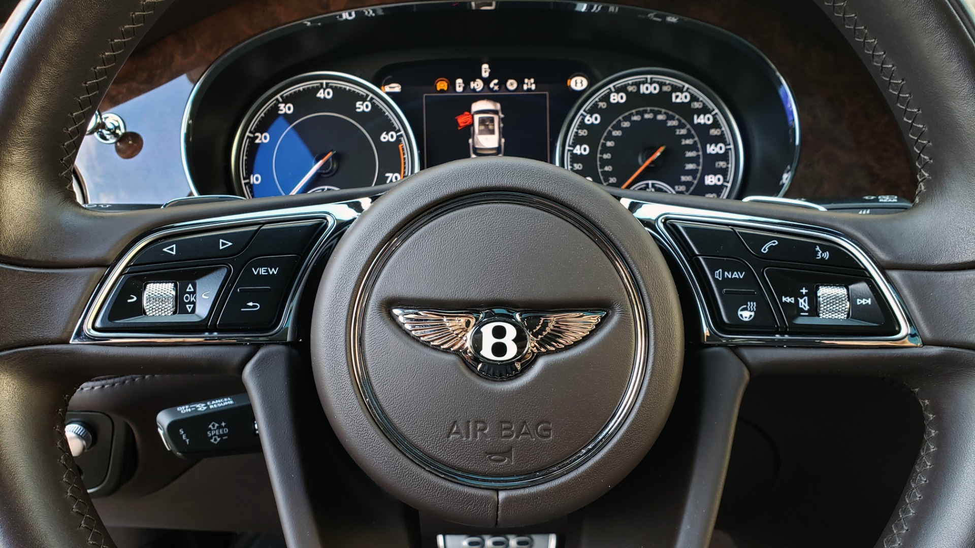 Used 2017 Bentley BENTAYGA W12 600HP / NAV / HTD SEATS / PANO-ROOF / REARVIEW / 21IN WHEELS for sale $149,995 at Formula Imports in Charlotte NC 28227 54