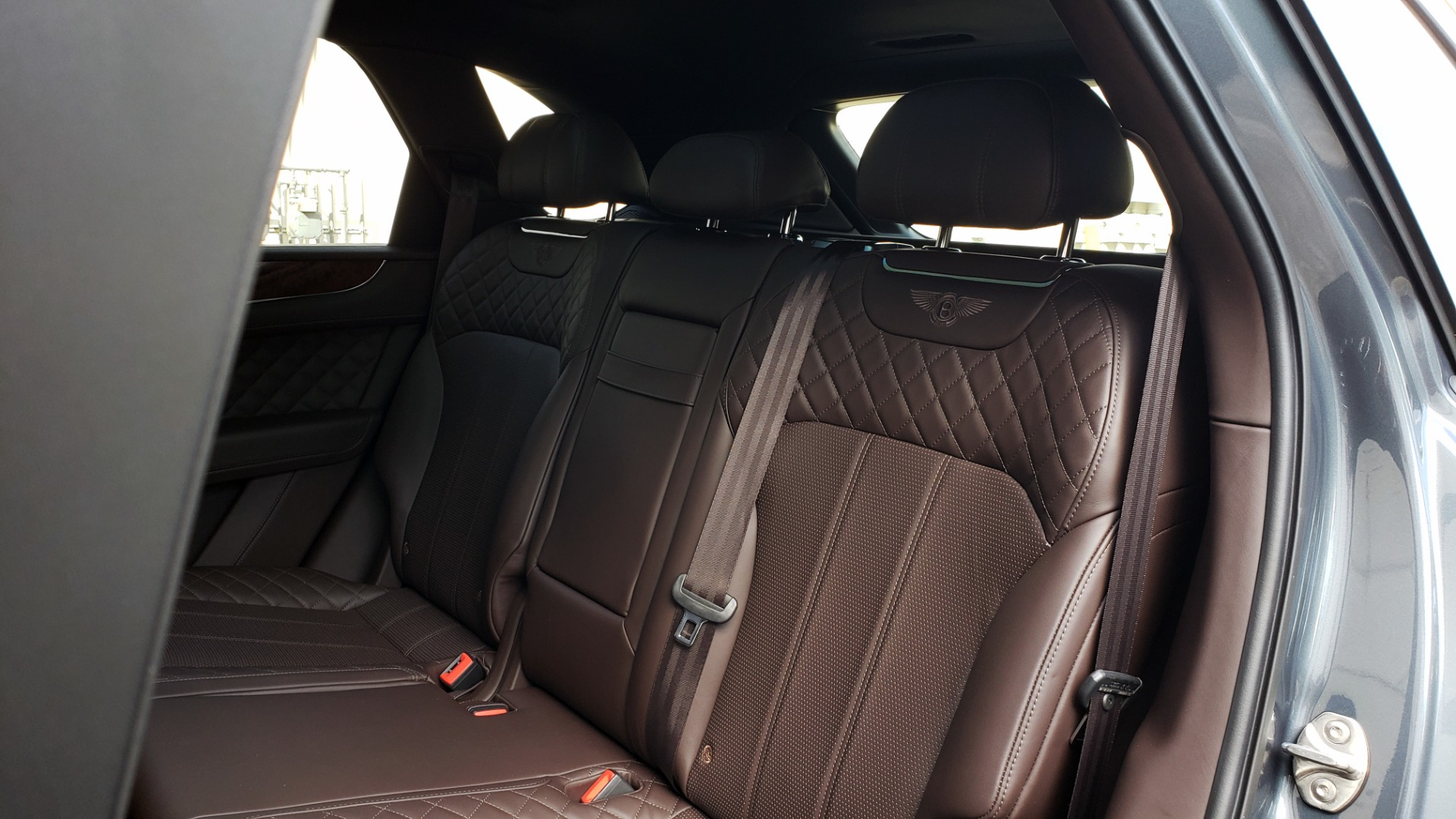 Used 2017 Bentley BENTAYGA W12 600HP / NAV / HTD SEATS / PANO-ROOF / REARVIEW for sale Sold at Formula Imports in Charlotte NC 28227 78