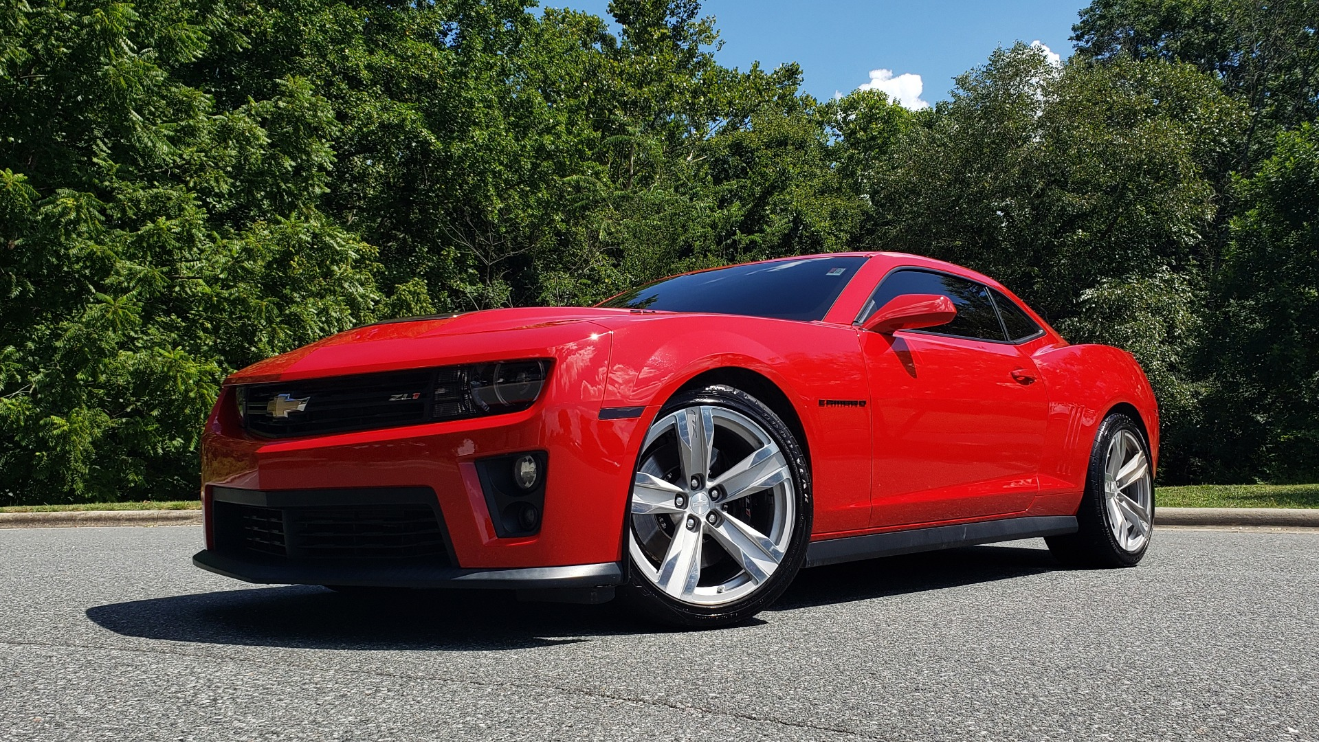 Used 2013 Chevrolet CAMARO ZL1 / 6.2L SUPERCHARGED 580HP / 6-SPD AUTO / NAV / REARVIEW for sale Sold at Formula Imports in Charlotte NC 28227 2