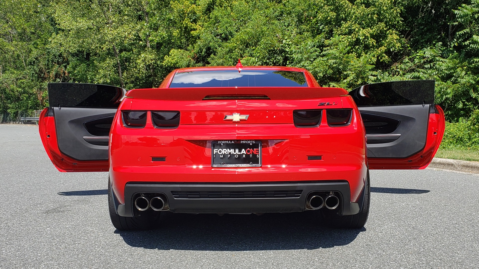 Used 2013 Chevrolet CAMARO ZL1 / 6.2L SUPERCHARGED 580HP / 6-SPD AUTO / NAV / REARVIEW for sale Sold at Formula Imports in Charlotte NC 28227 37