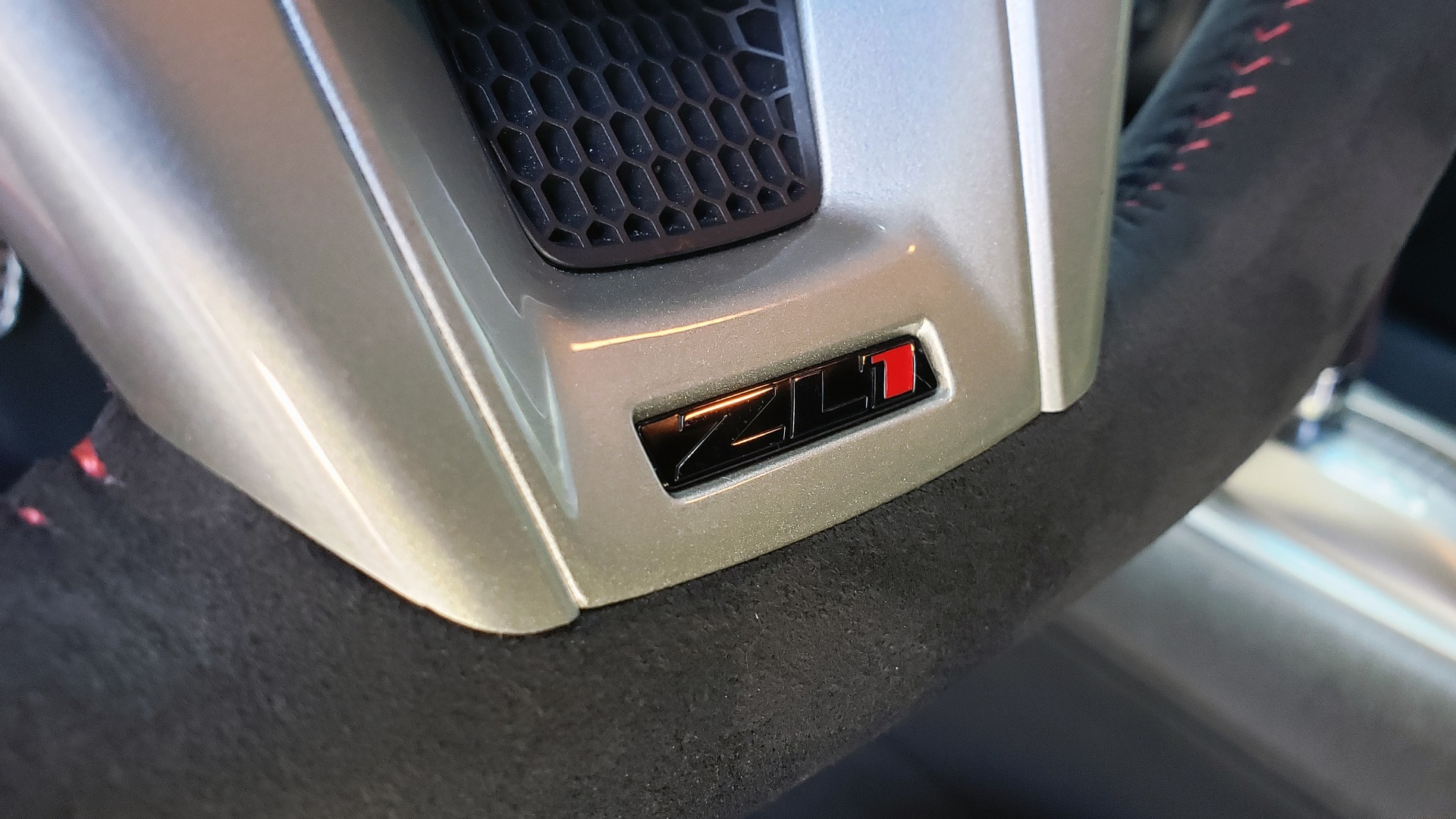 Used 2013 Chevrolet CAMARO ZL1 580HP / AUTO / NAV / BOSTON ACOUSTIC SND / REARVIEW for sale $40,995 at Formula Imports in Charlotte NC 28227 50