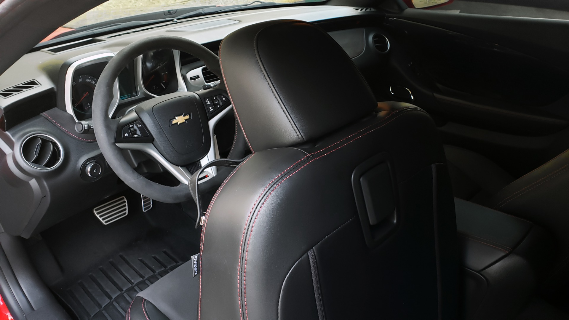 Used 2013 Chevrolet CAMARO ZL1 580HP / AUTO / NAV / BOSTON ACOUSTIC SND / REARVIEW for sale $40,995 at Formula Imports in Charlotte NC 28227 71