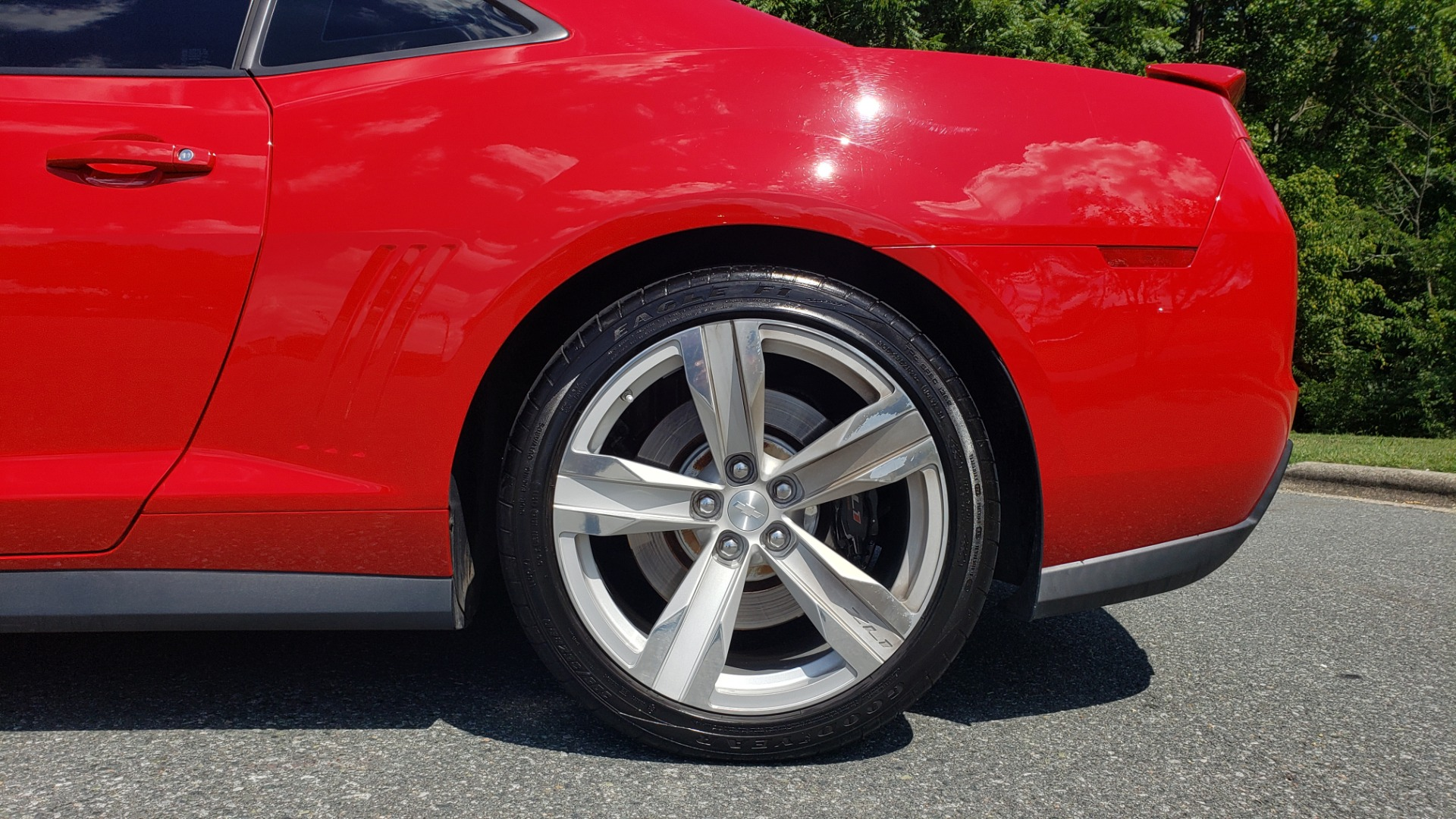 Used 2013 Chevrolet CAMARO ZL1 580HP / AUTO / NAV / BOSTON ACOUSTIC SND / REARVIEW for sale $40,995 at Formula Imports in Charlotte NC 28227 86