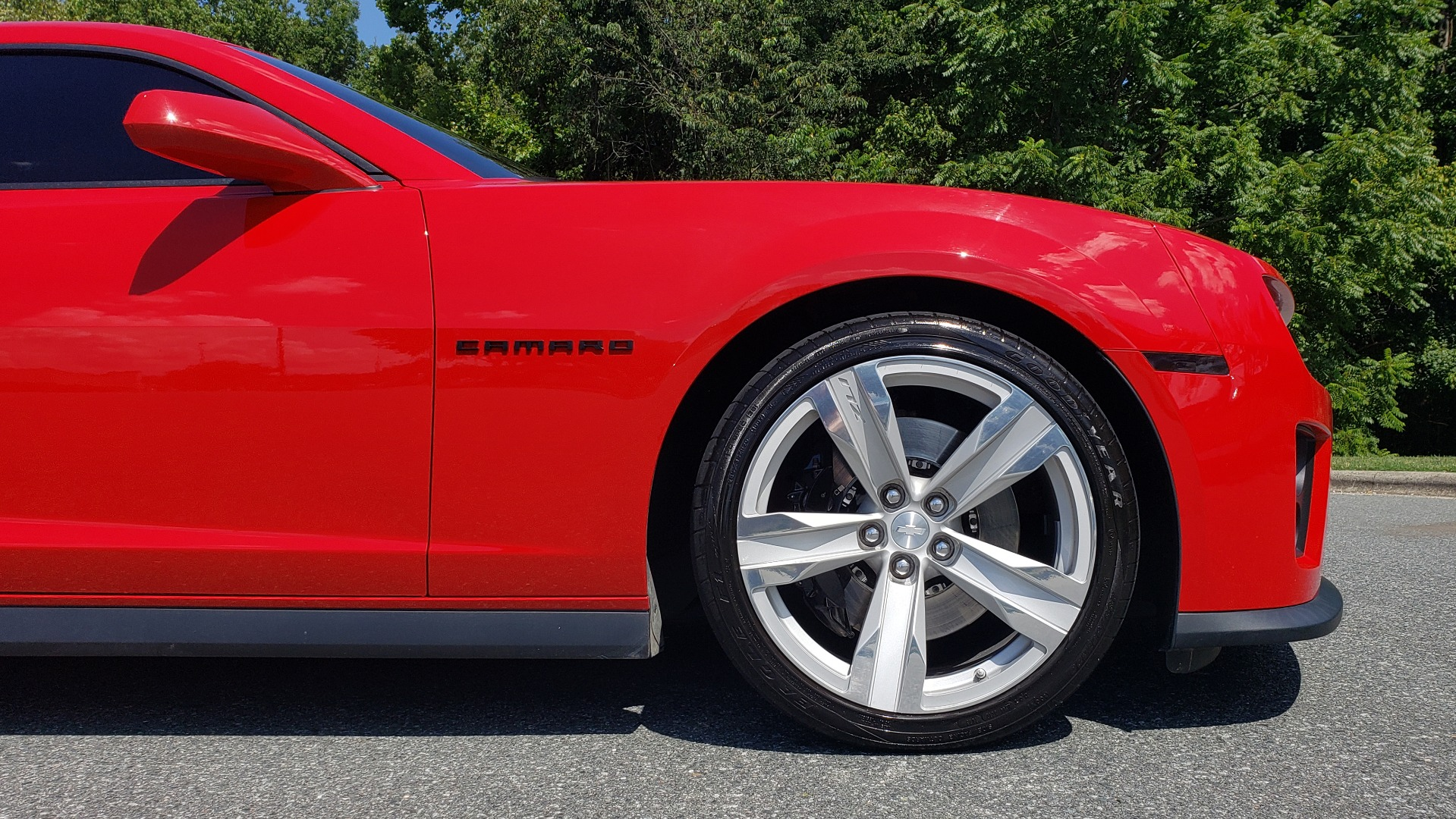 Used 2013 Chevrolet CAMARO ZL1 580HP / AUTO / NAV / BOSTON ACOUSTIC SND / REARVIEW for sale $40,995 at Formula Imports in Charlotte NC 28227 88