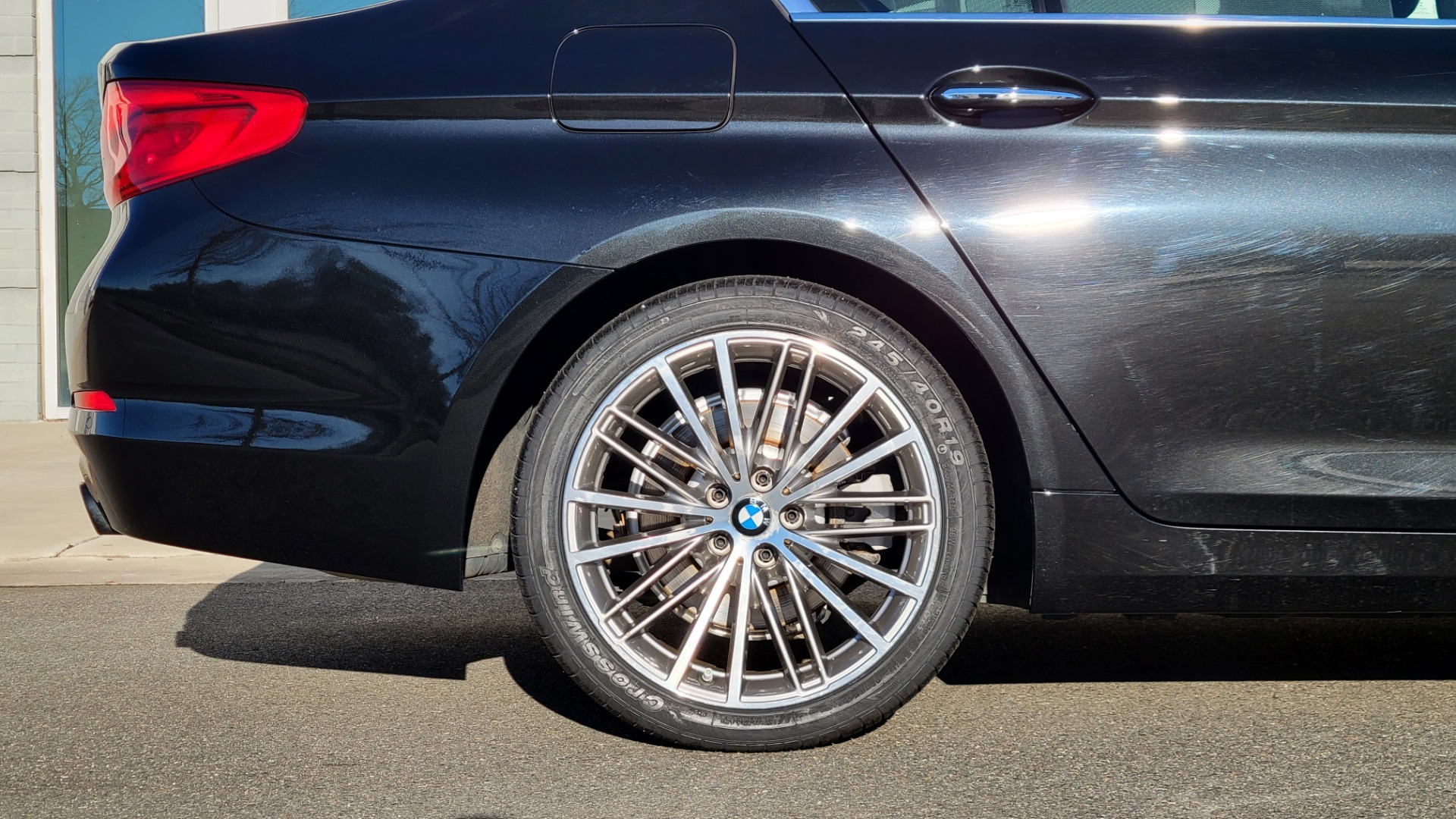 Used 2017 BMW 5 SERIES 530I XDRIVE PREMIUM / NAV / SUNROOF / PARK ASST / CLOD WTHR / REARVIEW for sale Sold at Formula Imports in Charlotte NC 28227 31