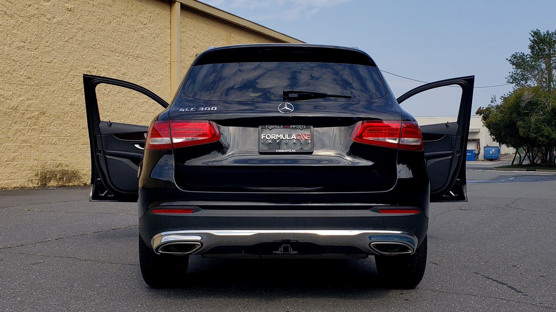 Used 2016 Mercedes-Benz GLC 300 / PANO-ROOF / HEATED SEATS / REARVIEW / NEW TIRES for sale Sold at Formula Imports in Charlotte NC 28227 27