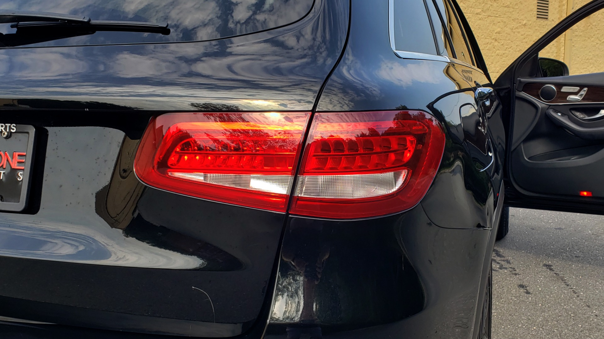 Used 2016 Mercedes-Benz GLC 300 / PANO-ROOF / HEATED SEATS / REARVIEW / NEW TIRES for sale Sold at Formula Imports in Charlotte NC 28227 29