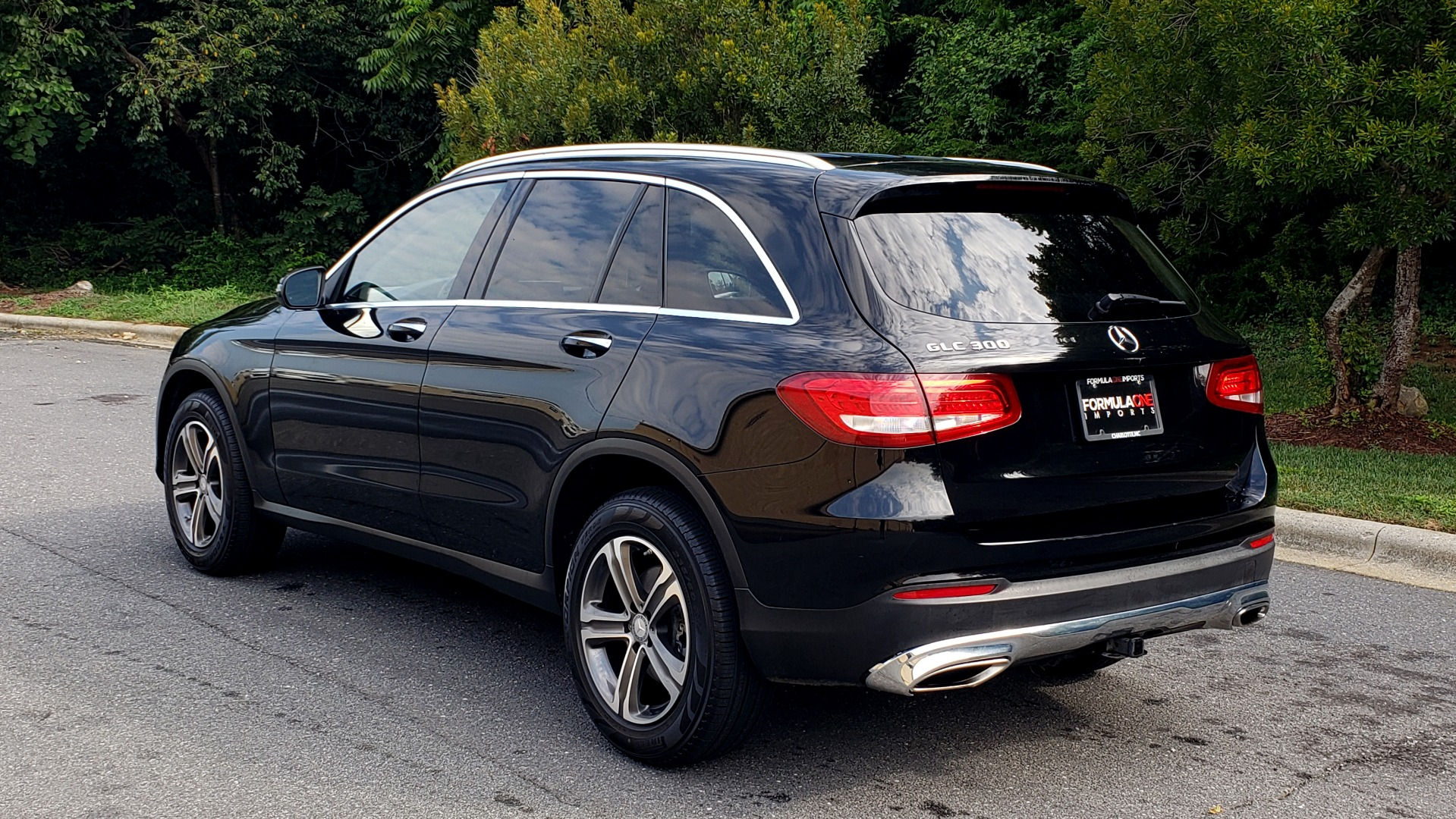 Used 2016 Mercedes-Benz GLC 300 / PANO-ROOF / HEATED SEATS / REARVIEW / NEW TIRES for sale Sold at Formula Imports in Charlotte NC 28227 3