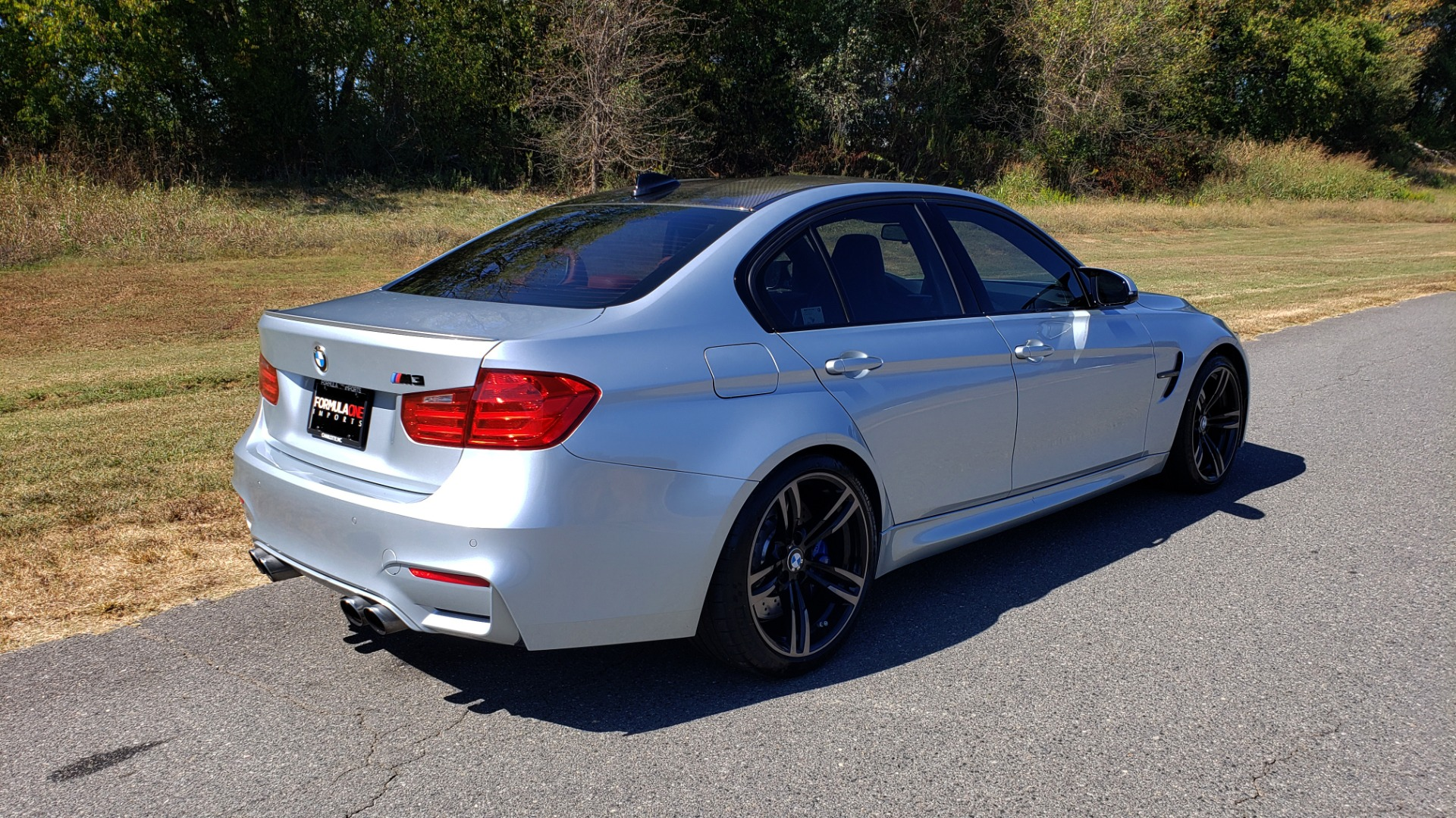 Used 2015 BMW M3 EXECUTIVE PKG / NAV / CAMERA / HUD / CARBON FIBER ROOF for sale Sold at Formula Imports in Charlotte NC 28227 12