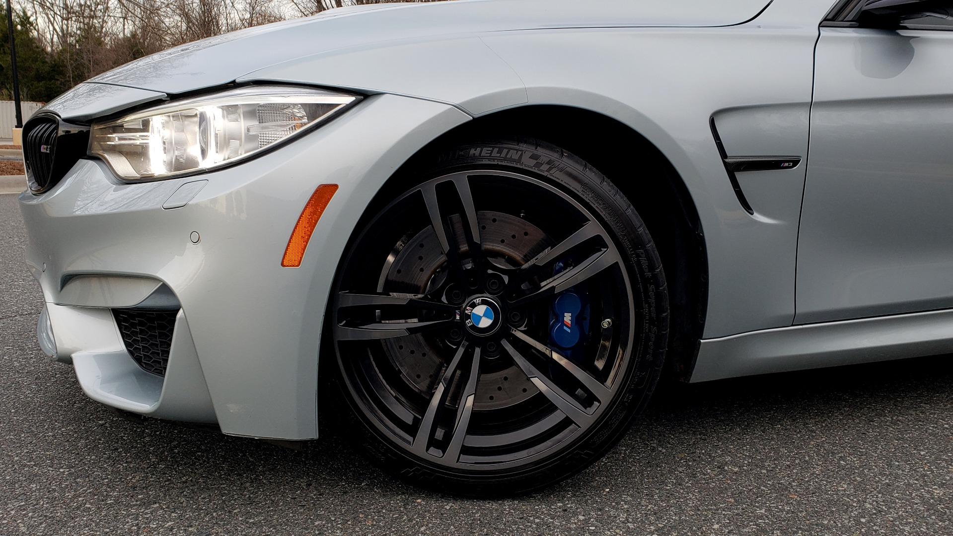 Used 2015 BMW M3 EXECUTIVE PKG / NAV / CAMERA / HUD / CARBON FIBER ROOF for sale Sold at Formula Imports in Charlotte NC 28227 21