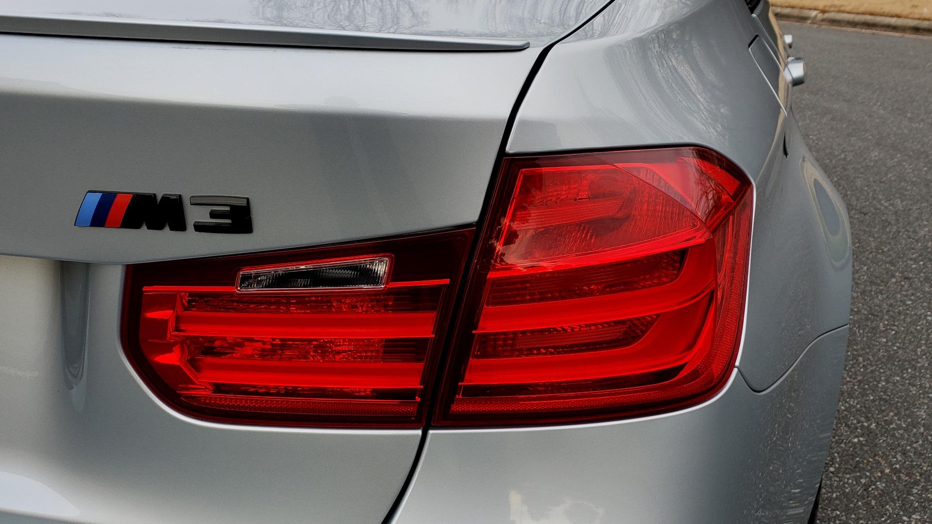 Used 2015 BMW M3 EXECUTIVE PKG / NAV / CAMERA / HUD / CARBON FIBER ROOF for sale Sold at Formula Imports in Charlotte NC 28227 34