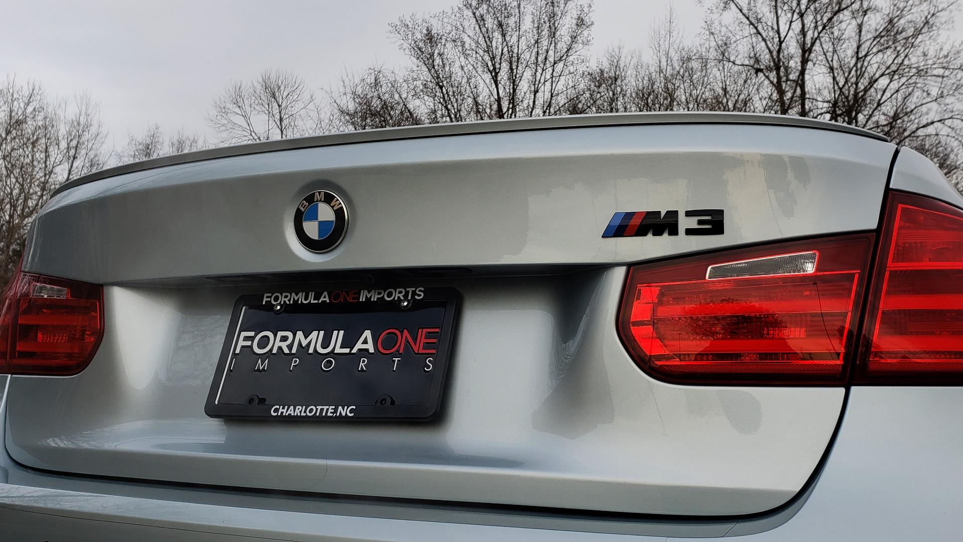 Used 2015 BMW M3 EXECUTIVE PKG / NAV / CAMERA / HUD / CARBON FIBER ROOF for sale Sold at Formula Imports in Charlotte NC 28227 35