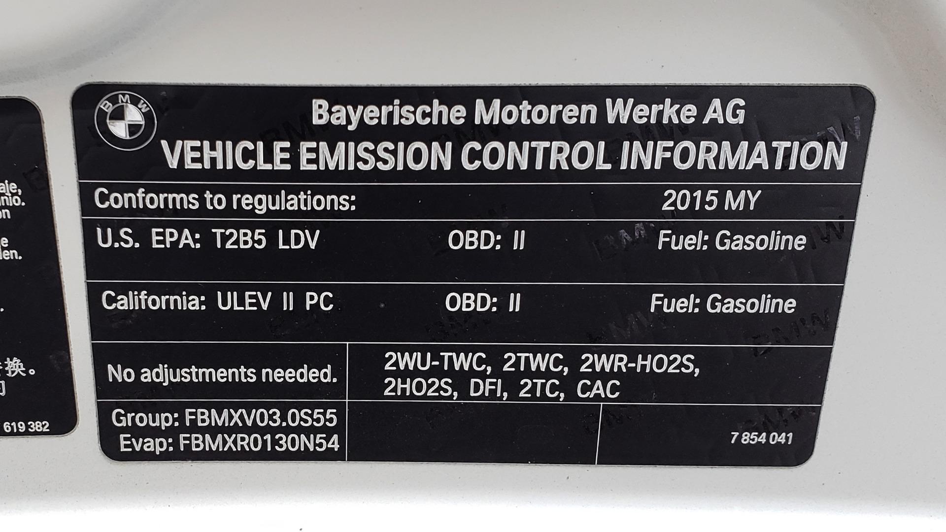 Used 2015 BMW M3 EXECUTIVE PKG / NAV / CAMERA / HUD / CARBON FIBER ROOF for sale Sold at Formula Imports in Charlotte NC 28227 39