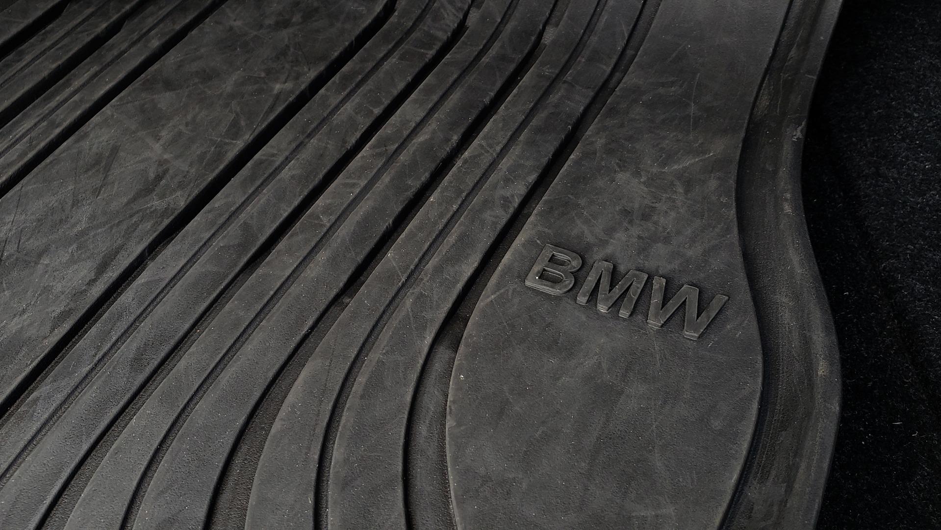 Used 2015 BMW M3 EXECUTIVE PKG / NAV / CAMERA / HUD / CARBON FIBER ROOF for sale Sold at Formula Imports in Charlotte NC 28227 45