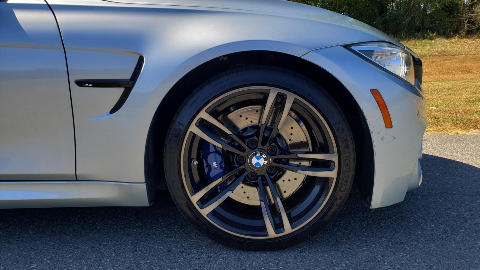 Used 2015 BMW M3 EXECUTIVE PKG / NAV / CAMERA / HUD / CARBON FIBER ROOF for sale Sold at Formula Imports in Charlotte NC 28227 94