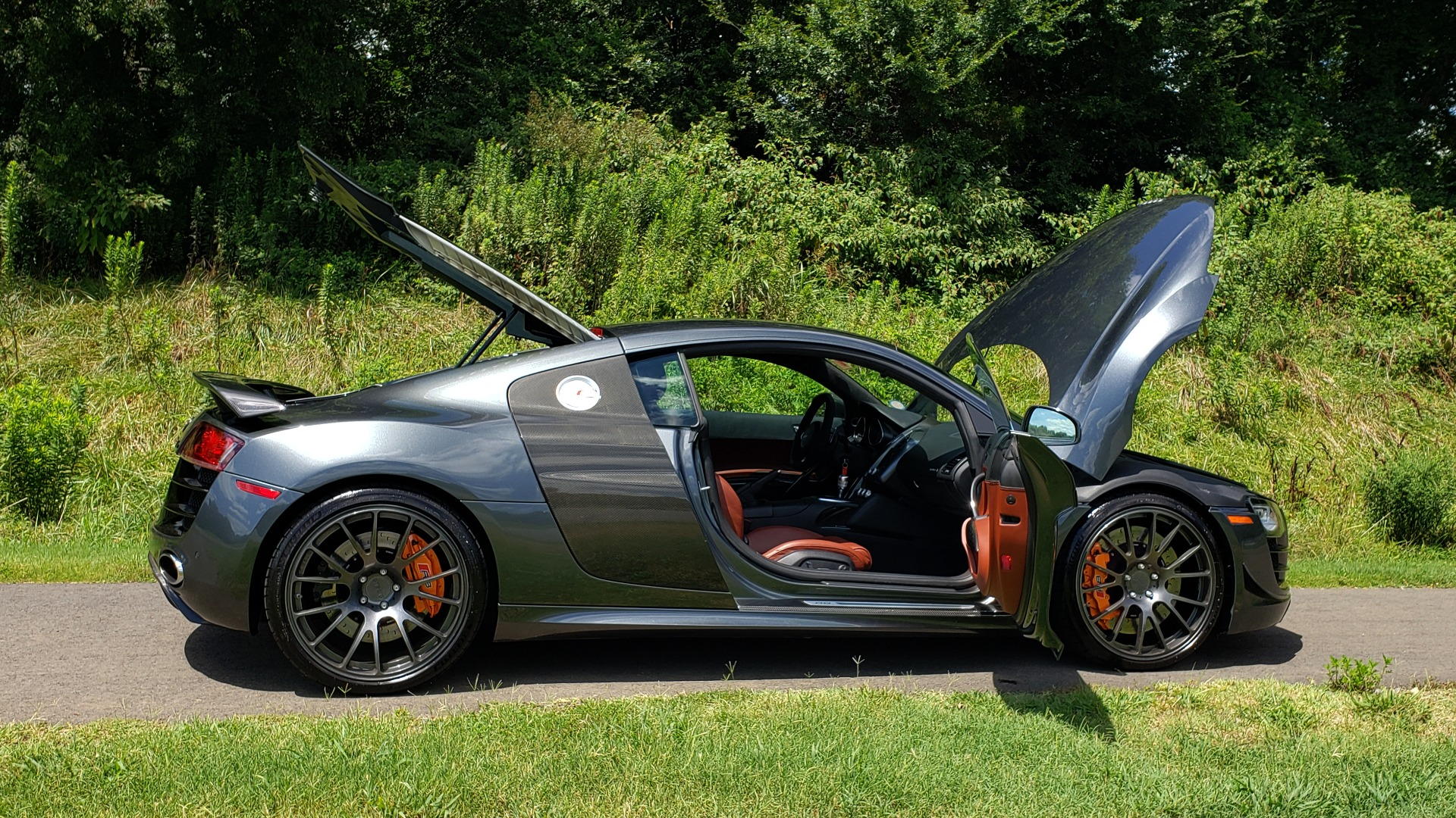 Used 2010 Audi R8 5.2L V10 SUPERCHARGED / AWD / COUPE / CUSTOM TUNED for sale $82,795 at Formula Imports in Charlotte NC 28227 27