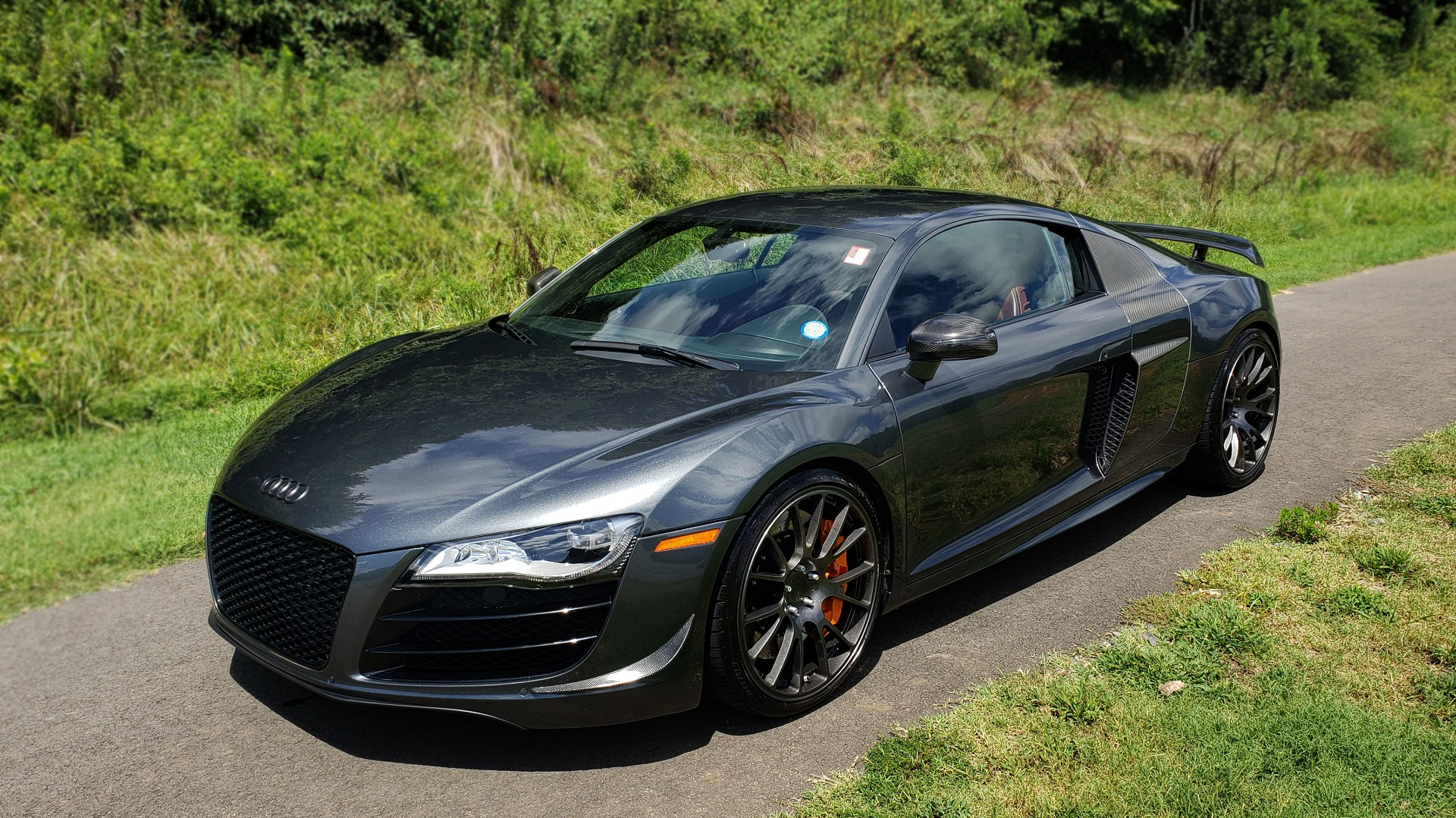 Used 2010 Audi R8 5.2L for sale $89,999 at Formula Imports in Charlotte NC 28227 4