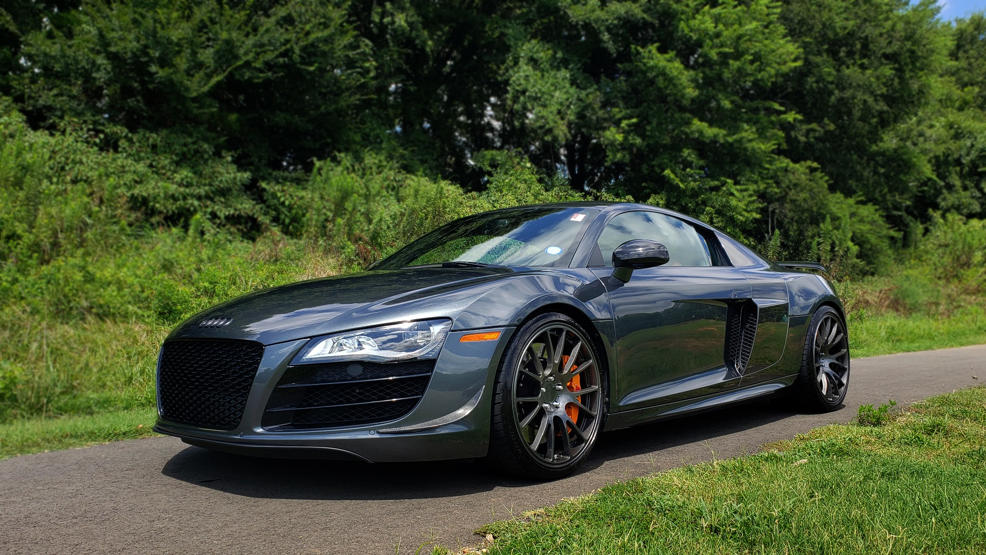 Used 2010 Audi R8 5.2L V10 SUPERCHARGED / AWD / COUPE / CUSTOM TUNED for sale $82,795 at Formula Imports in Charlotte NC 28227 5
