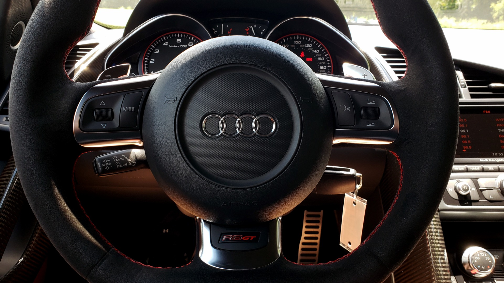 Used 2010 Audi R8 5.2L for sale $89,999 at Formula Imports in Charlotte NC 28227 55