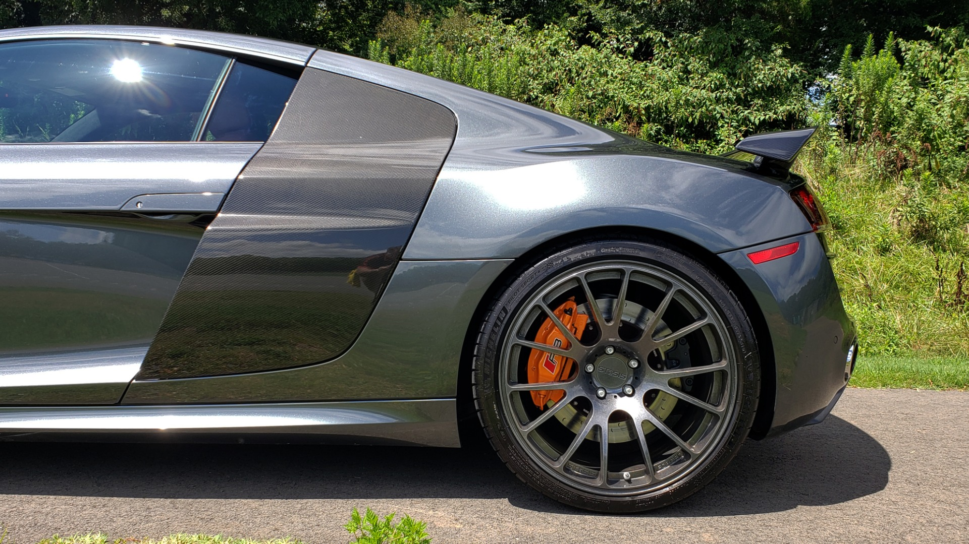 Used 2010 Audi R8 5.2L V10 SUPERCHARGED / AWD / COUPE / CUSTOM TUNED for sale $82,795 at Formula Imports in Charlotte NC 28227 78