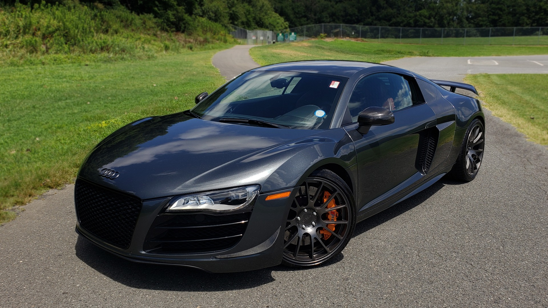 Used 2010 Audi R8 5.2L for sale $89,999 at Formula Imports in Charlotte NC 28227 1