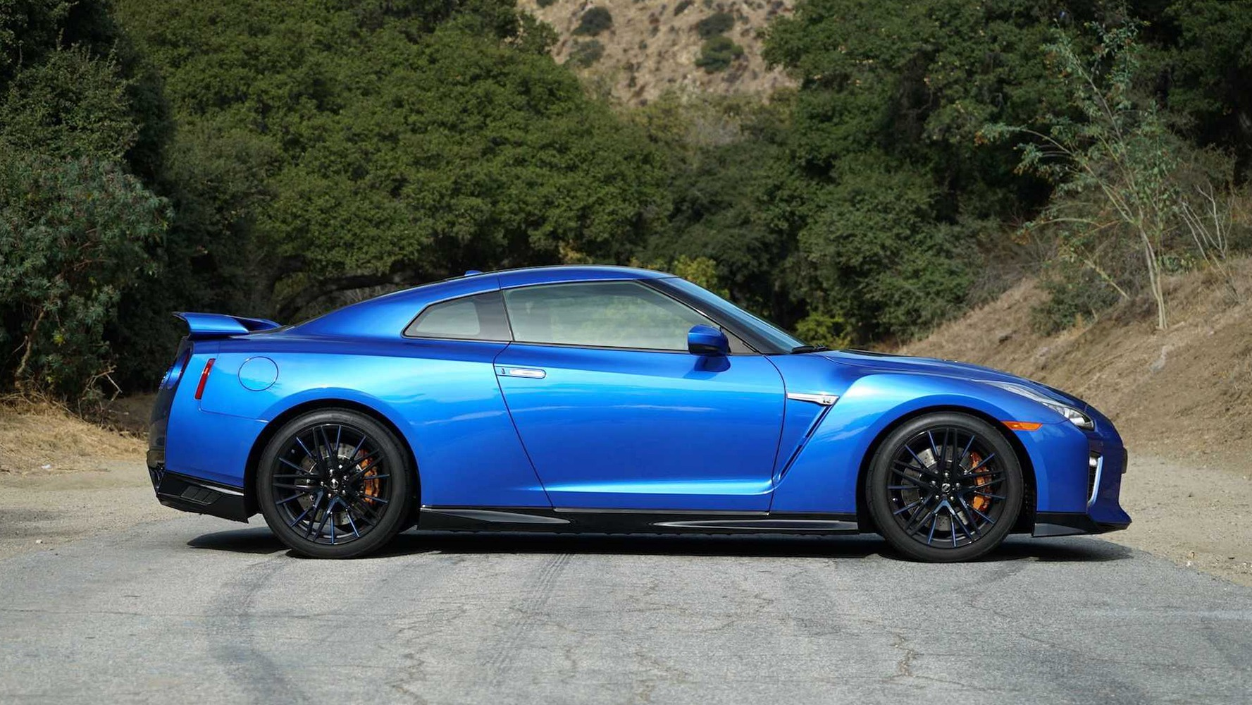 Used 2020 Nissan GT-R Premium for sale Sold at Formula Imports in Charlotte NC 28227 5